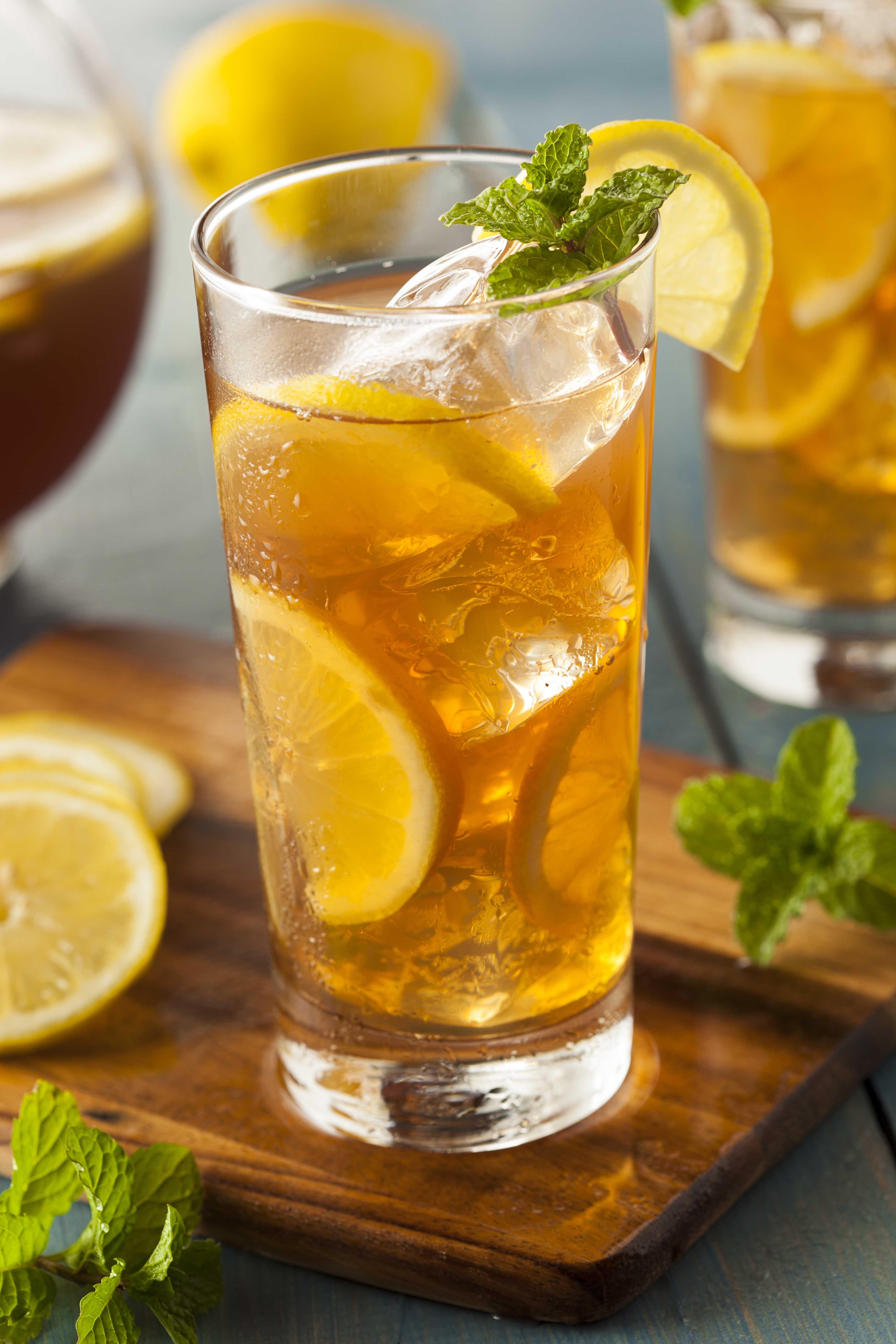 Free Photo Iced Lemon Tea Beaker Iced Table Free