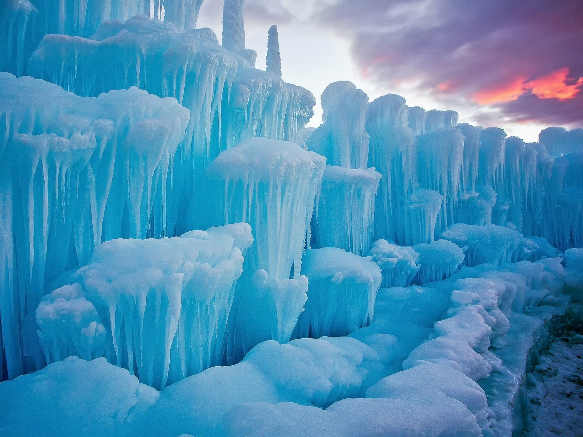 Winter-snow-cold-stunning pieces of ice-icicles of nature-HD Desktop ...