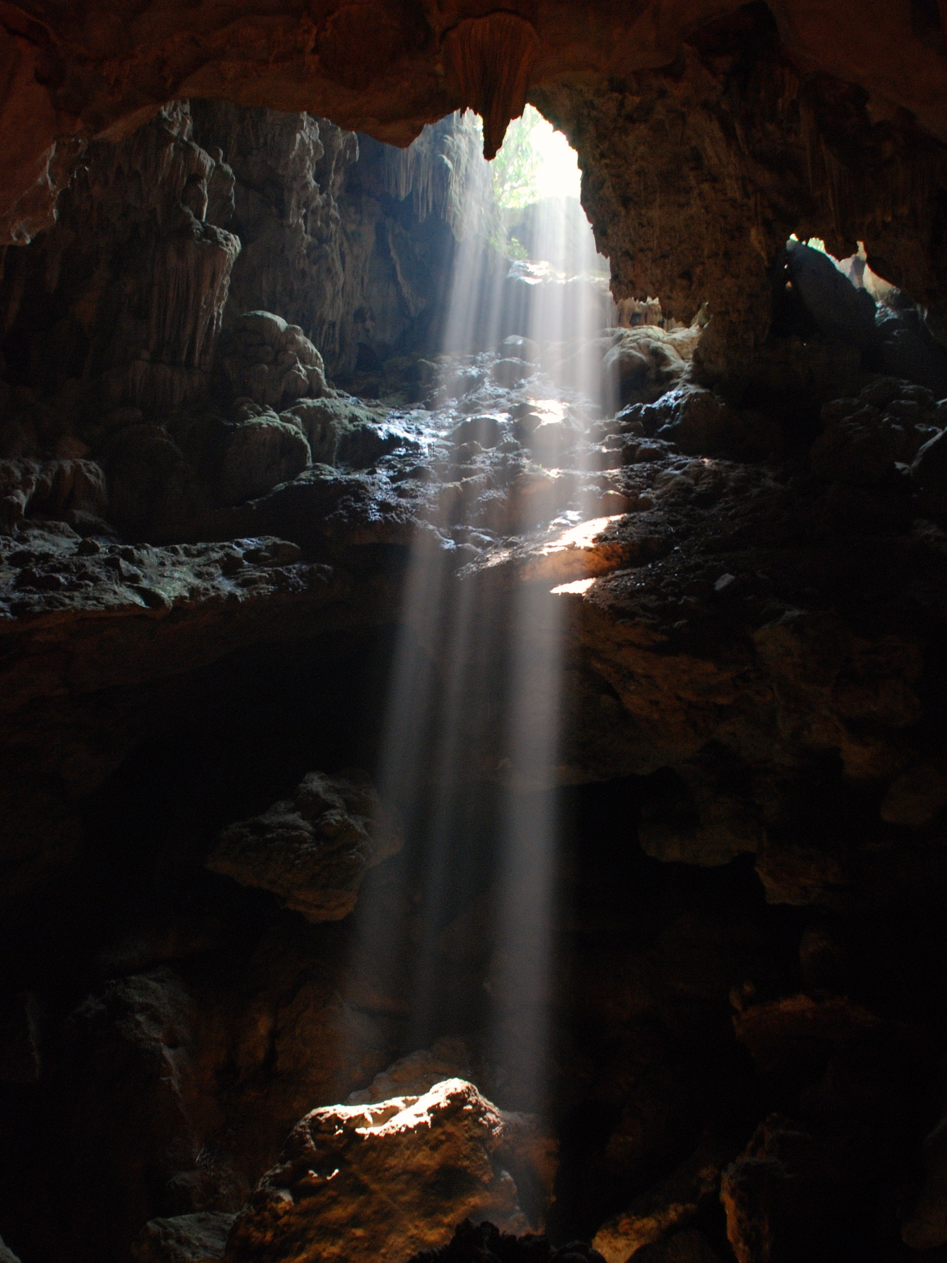 Light in the cave Ha long Bay Vietnam   Top 10 Vietnam ... & Free photo: In the cave - stone tunnel world - Non-Commercial ...