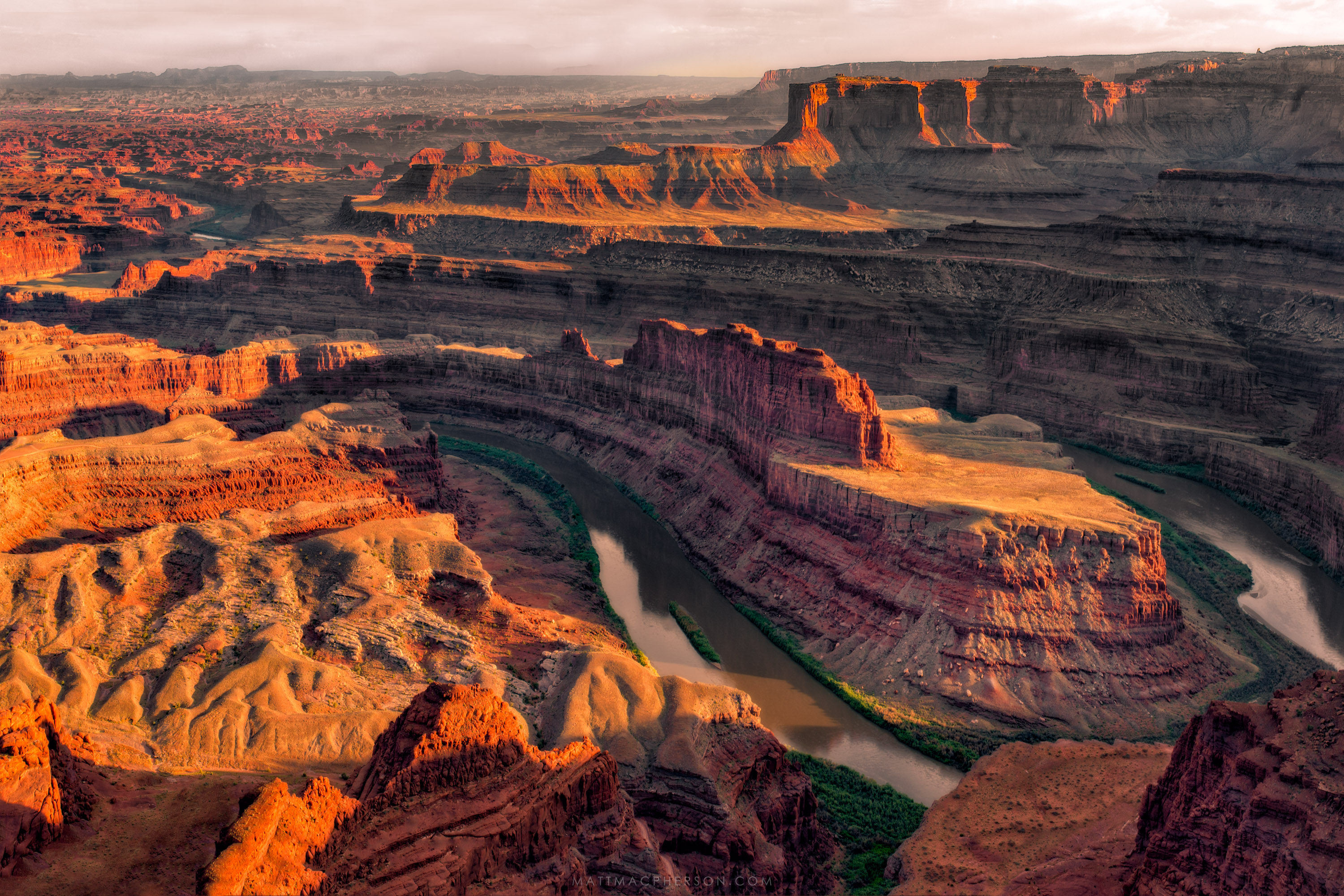 This incredible landscape sits just outside of Canyonlands NP - Dead ...