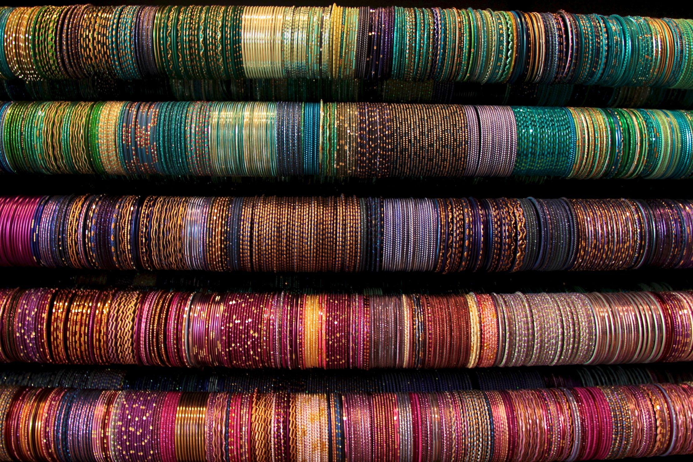 Bangles Shop Little India, Singapore - Food, Drink, Culture ...