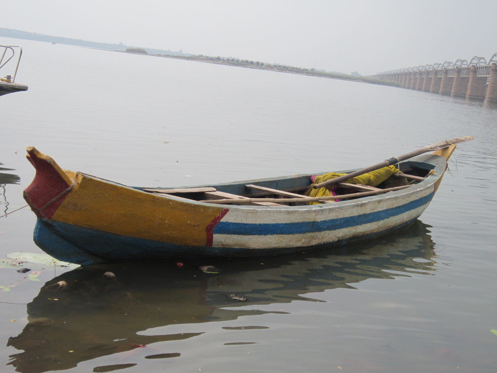 File:Traditional boat.India.JPG - Wikimedia Commons