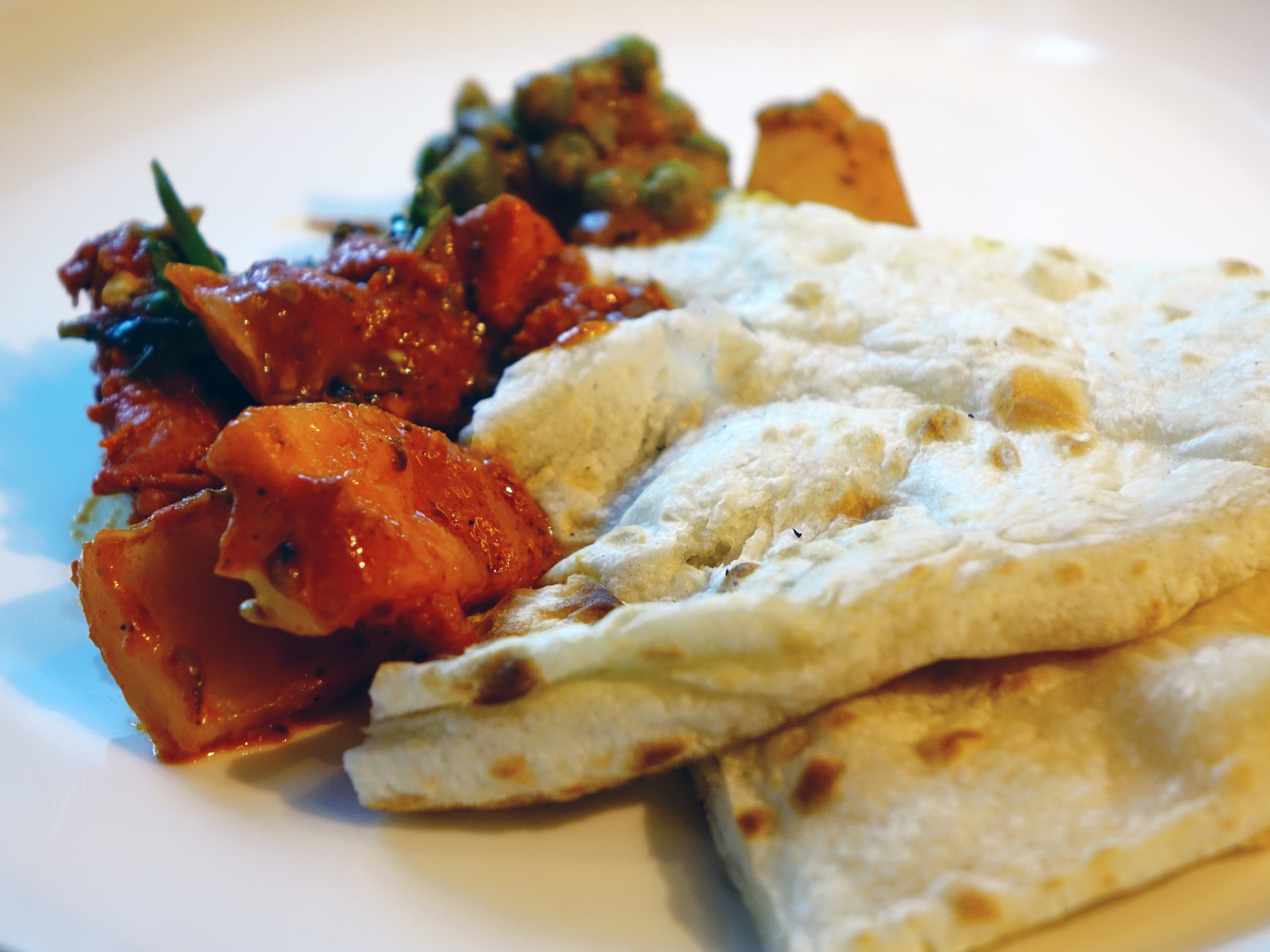 Free photo indian food restaurant roti plate free download indian food restaurant roti plate serve hq photo forumfinder Images