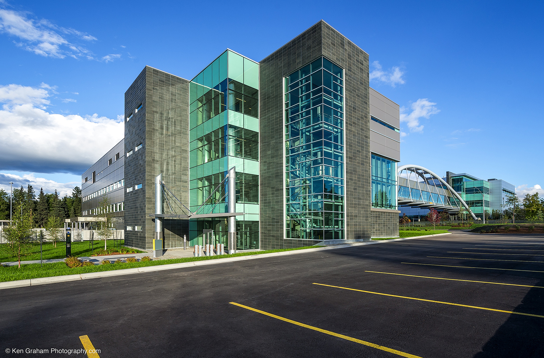 UAA – School of Engineering and Industry Building | Neeser ...