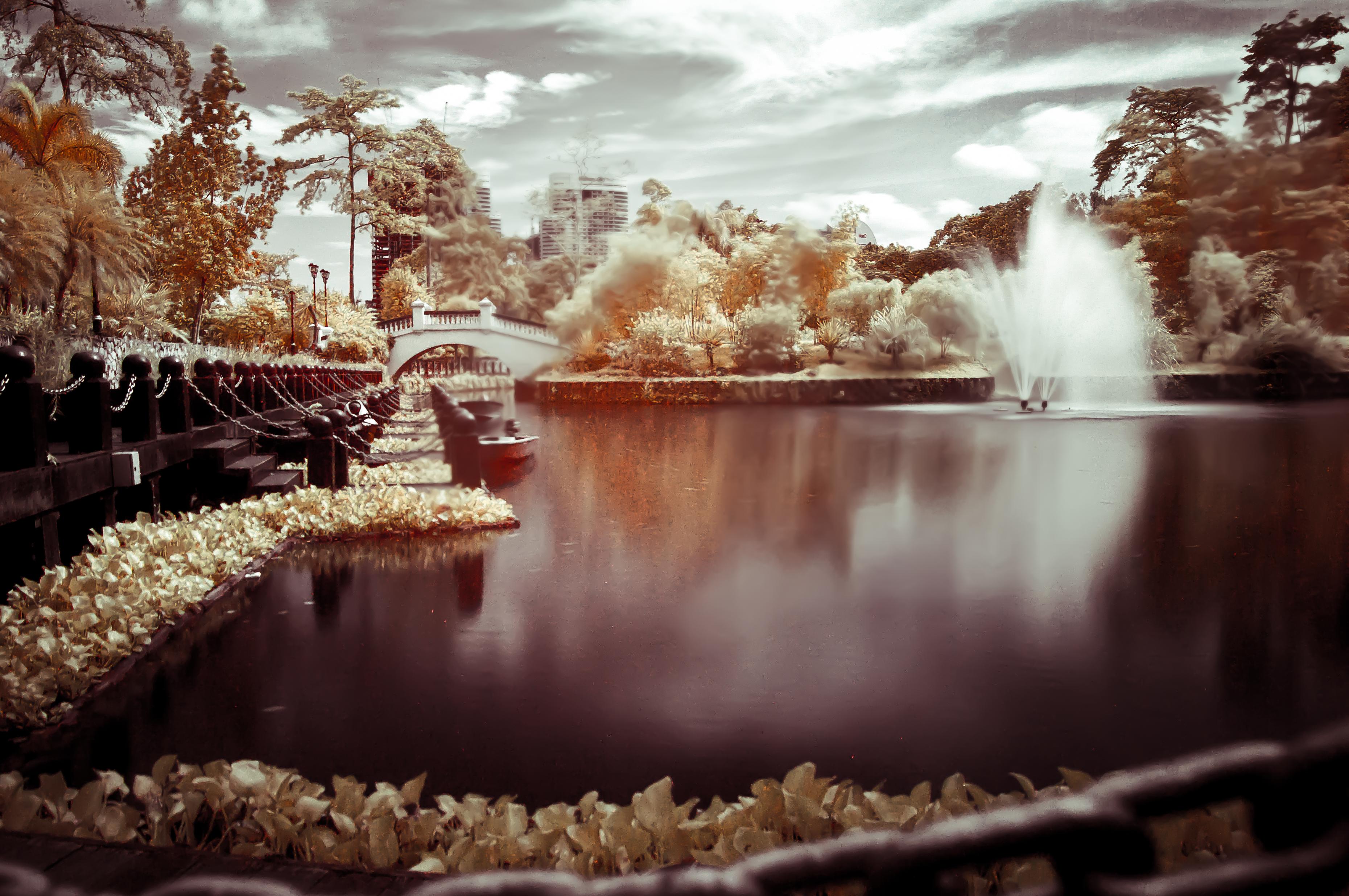 Infrared lake photo