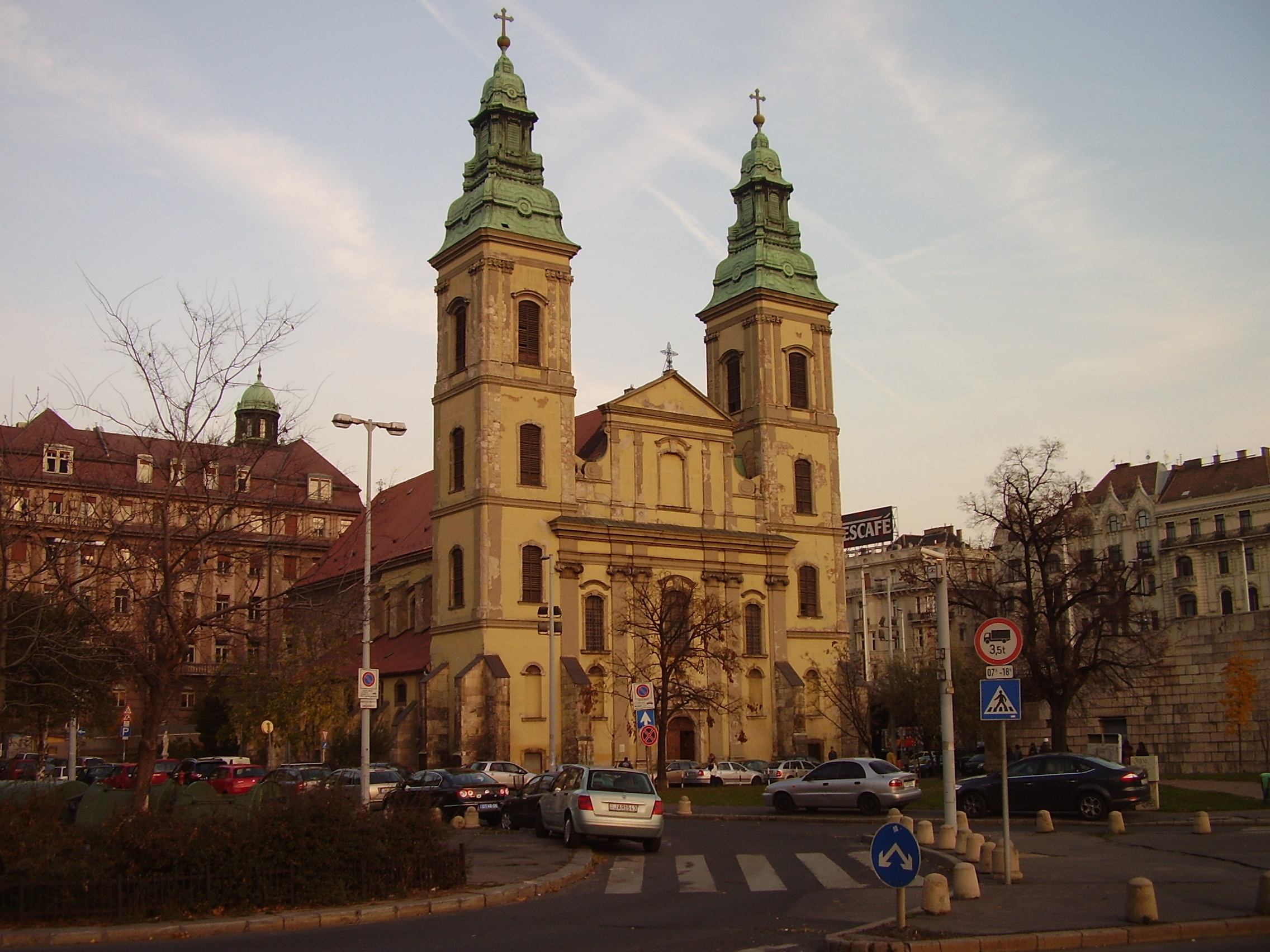 File:Inner City Parish Church. Budapest District V.jpg - Wikimedia ...