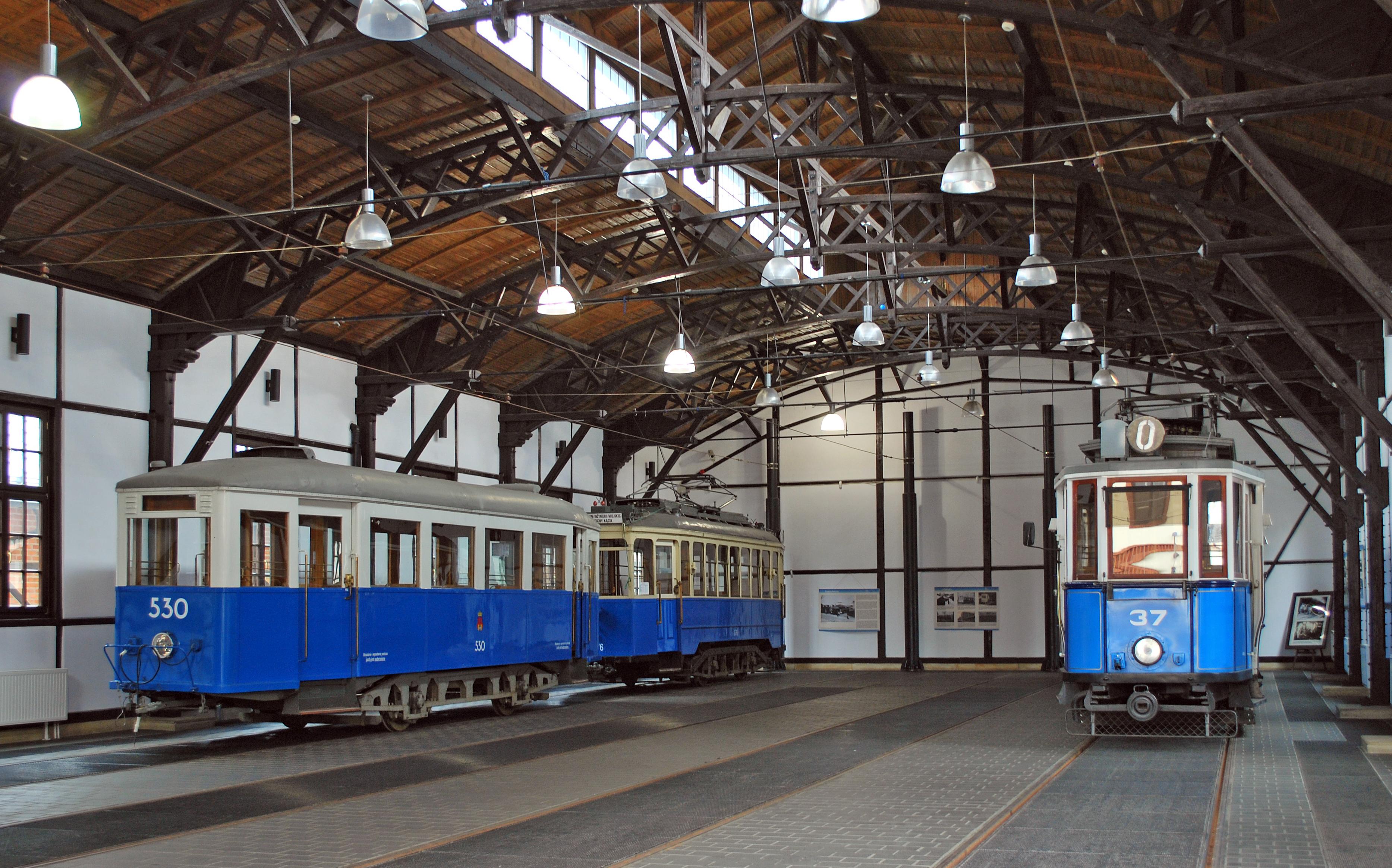 File:Old tram depot (interior), 15 św. Wawrzyńca street, Kazimierz ...