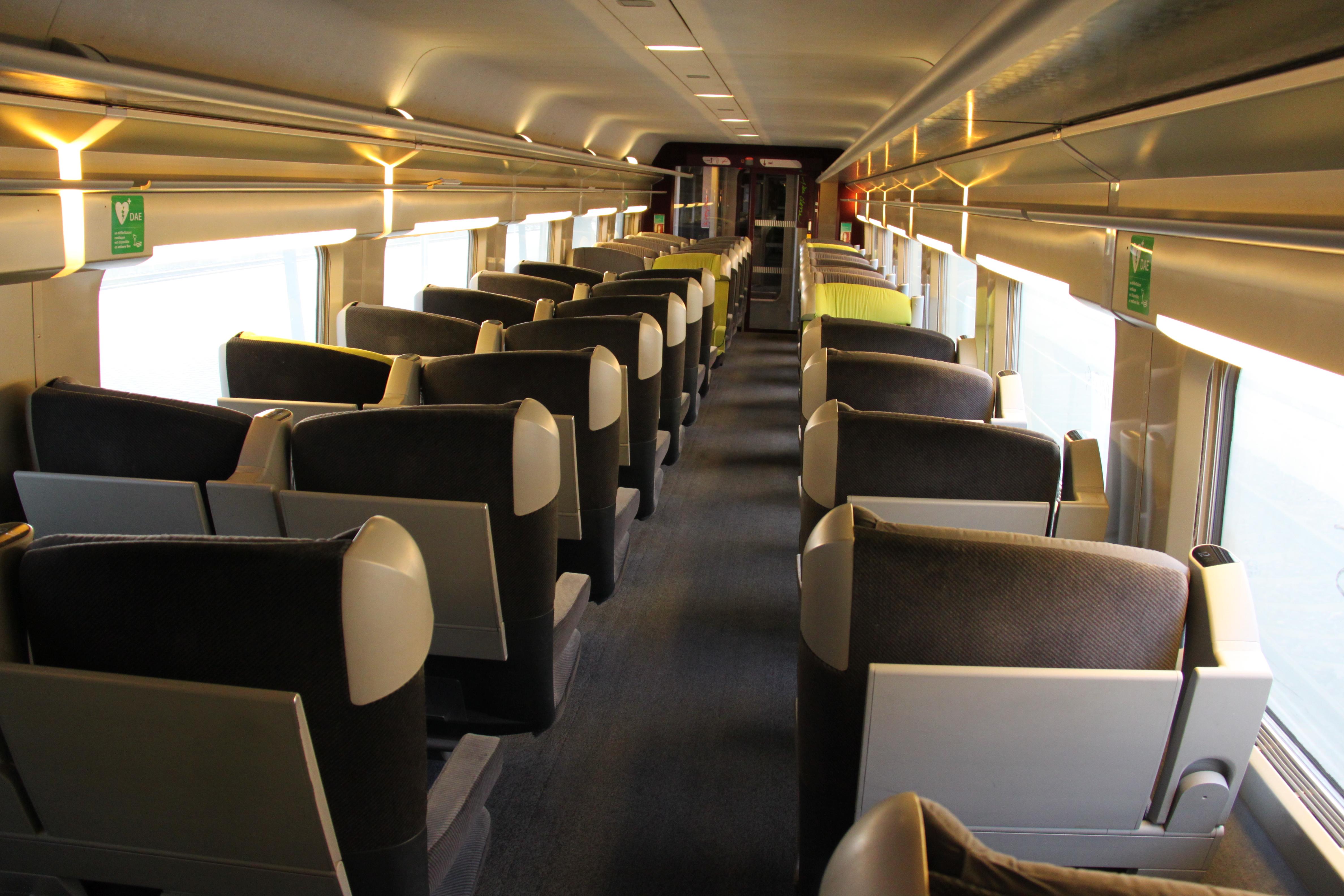 File:TGV Lacroix first class interior.JPG - Wikimedia Commons