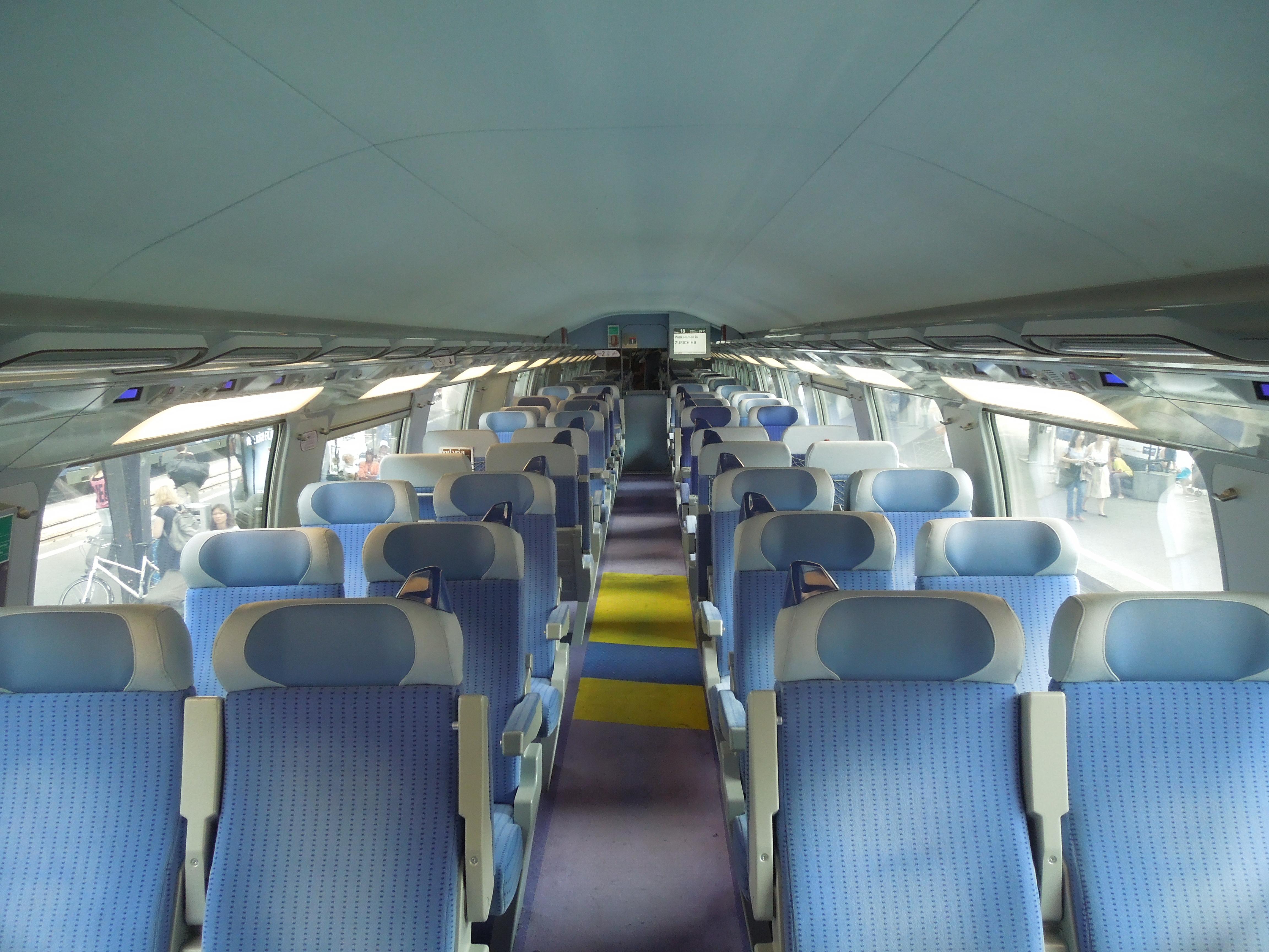 File:TGV 2N2 interior.jpg - Wikimedia Commons