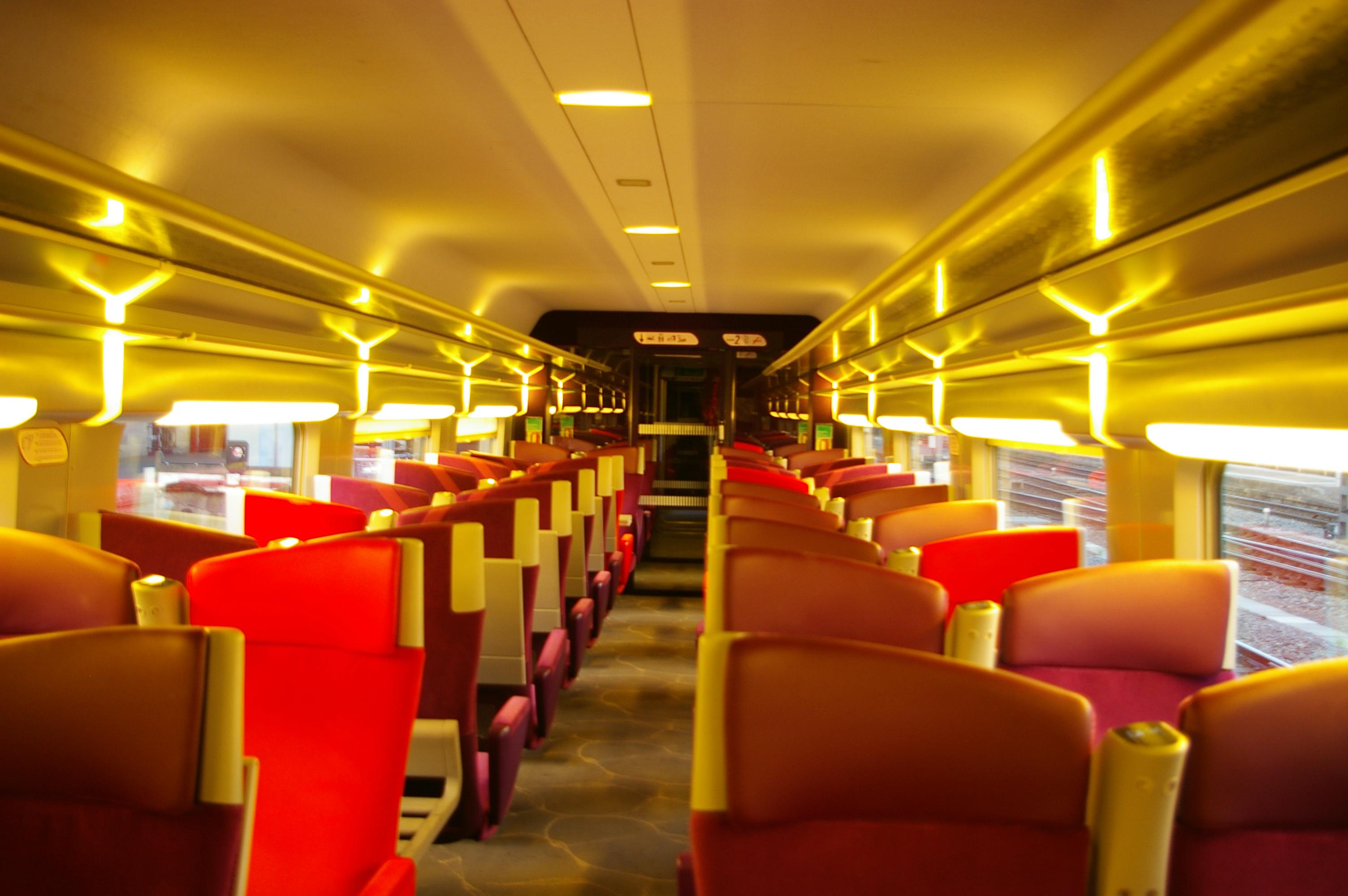 Interior TGV, Empty, Interior, Lights, Red, HQ Photo