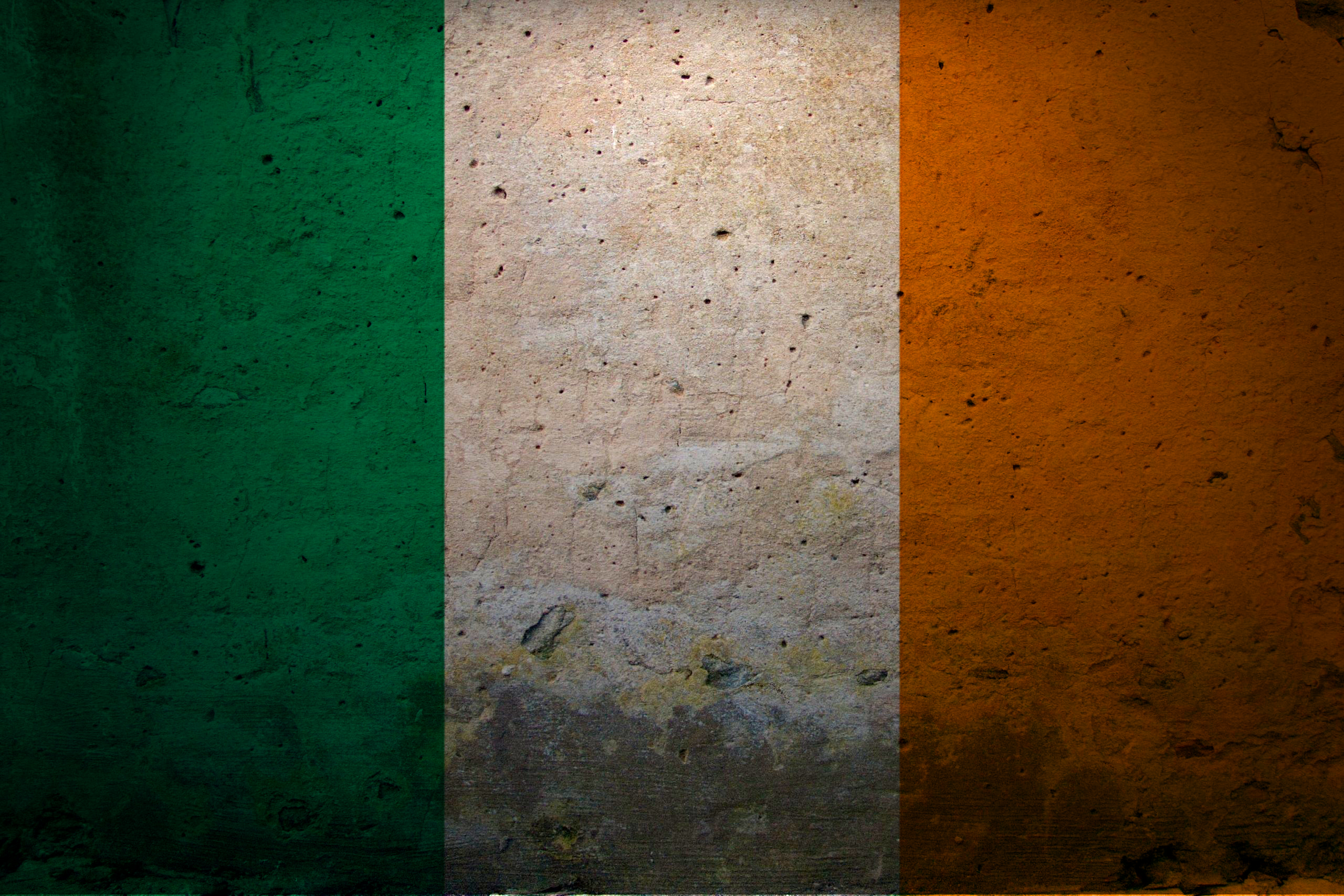 Europe Flags Grunge Ireland - WallDevil