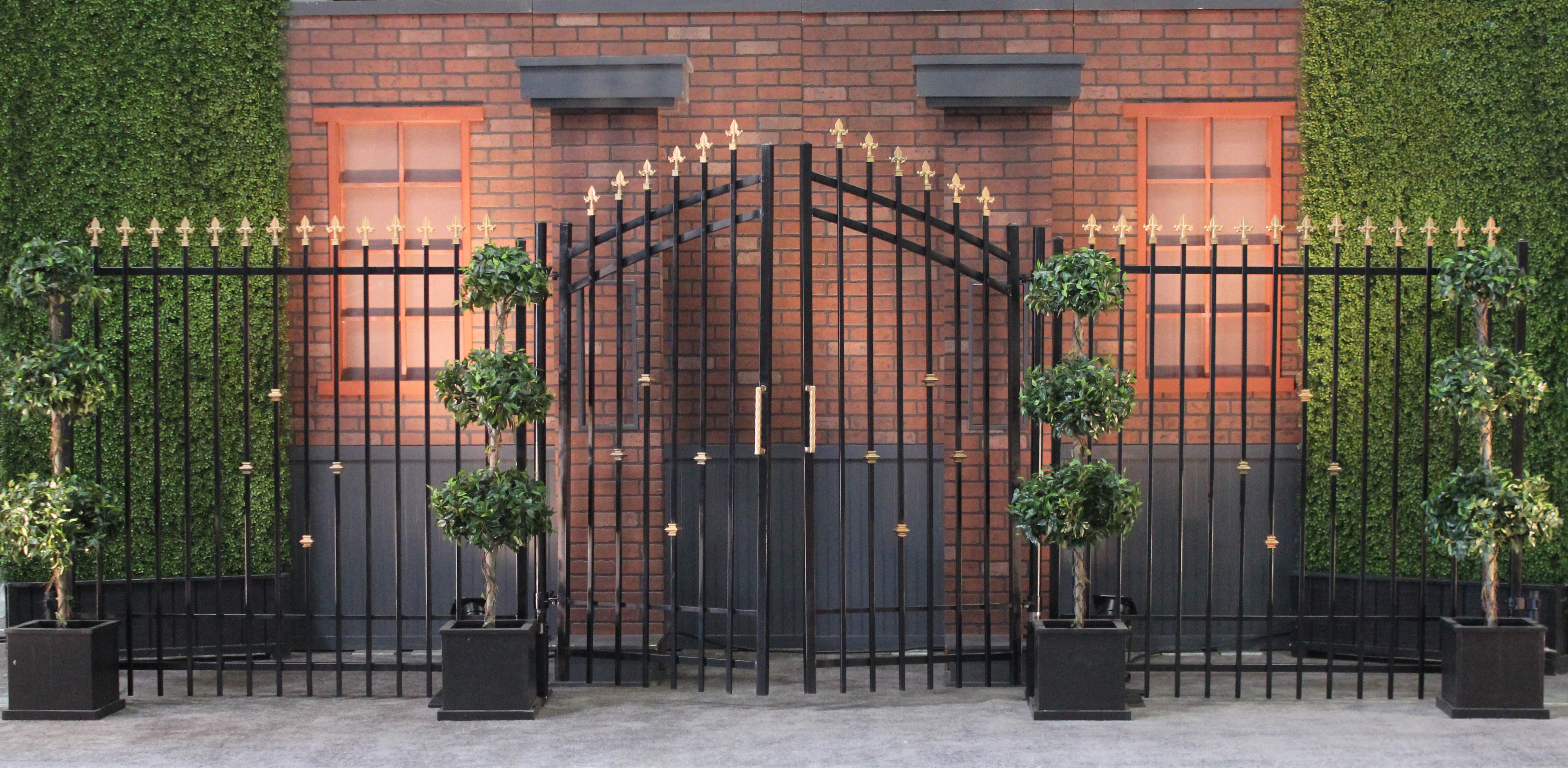 20' Black Wrought Iron Gates with Right/Left Panels | Town & Country ...