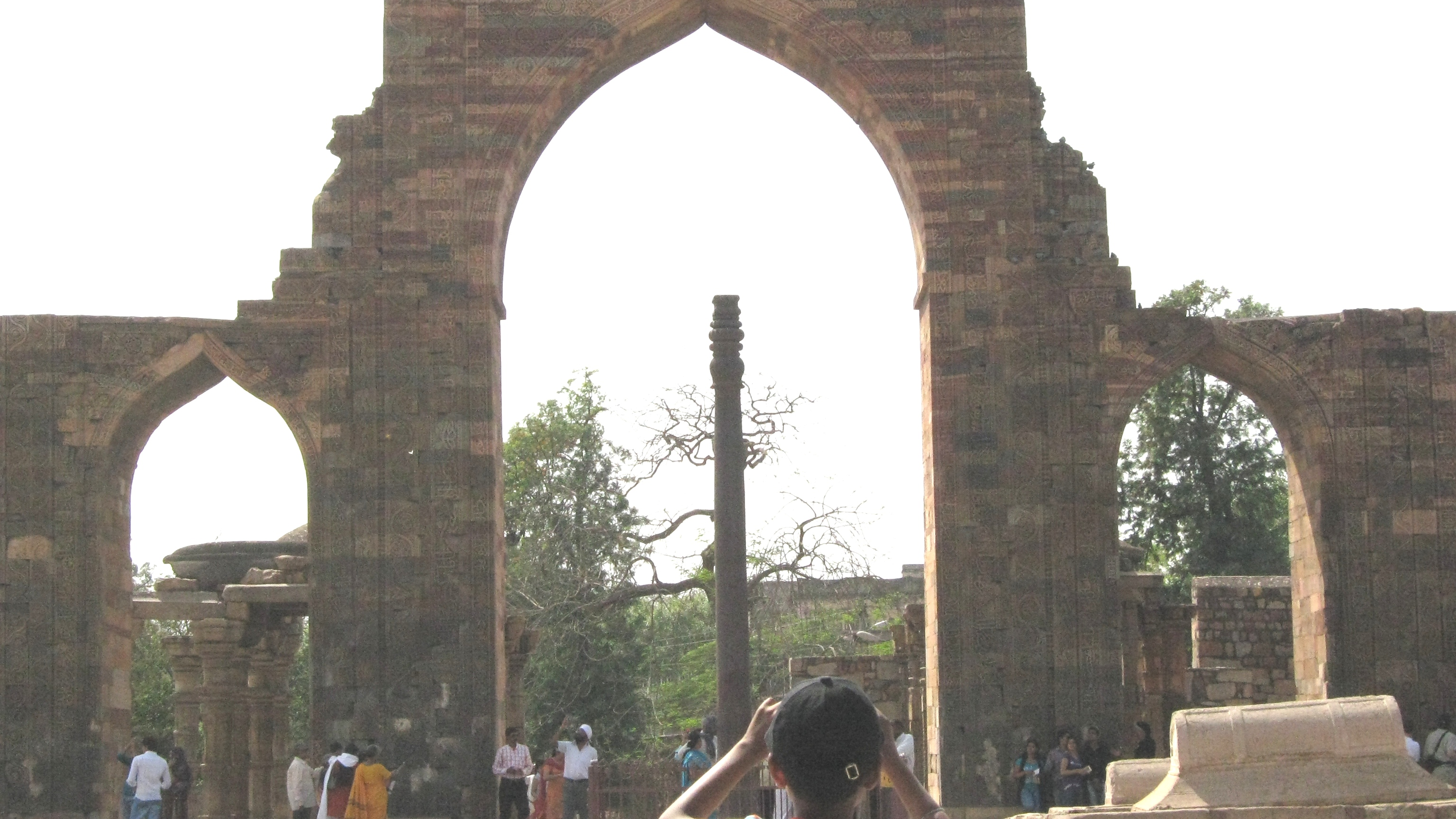 Iron pillar in delhi photo