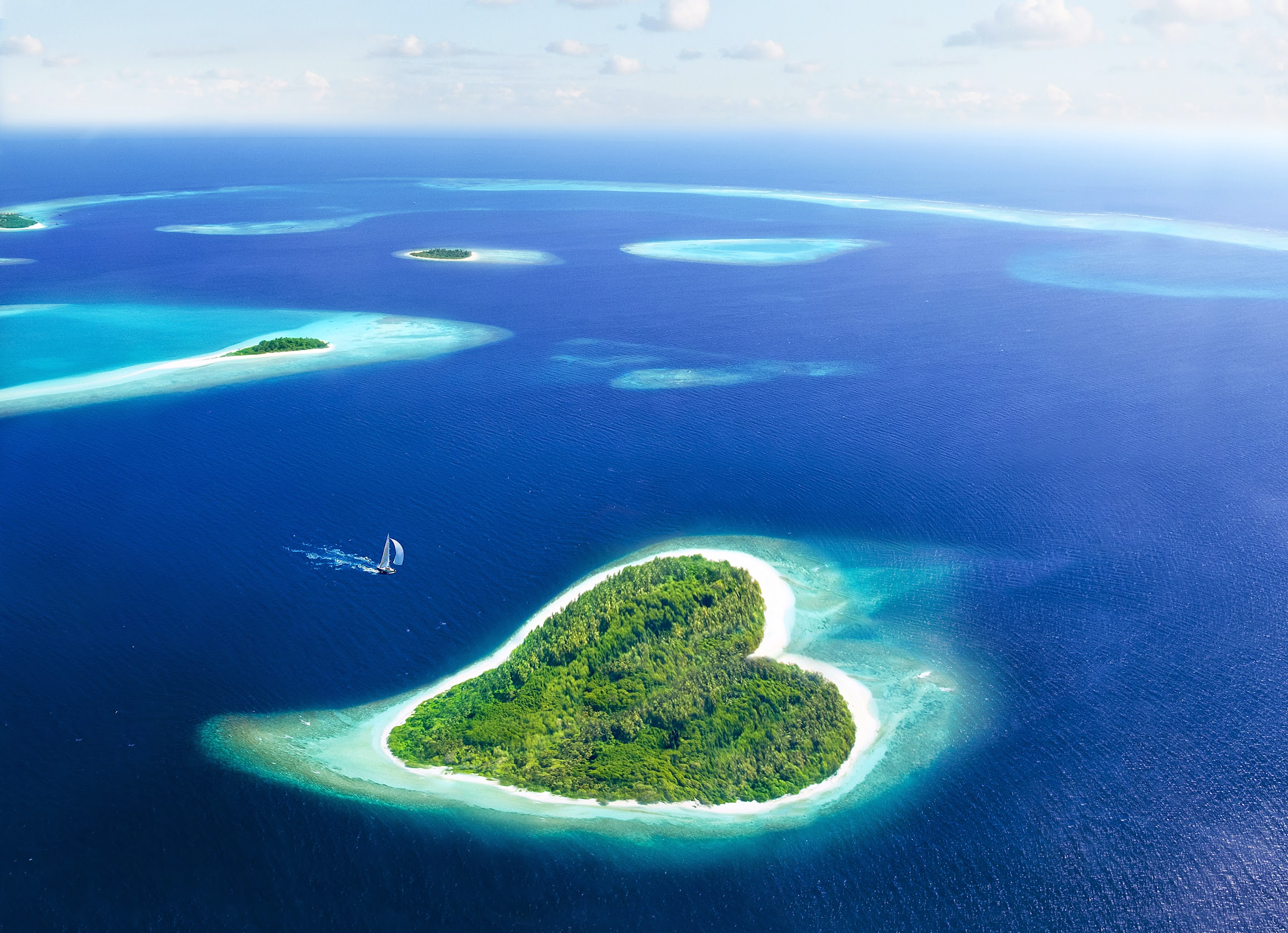 Heart-Shaped Island in Maldives | All Amazing Places