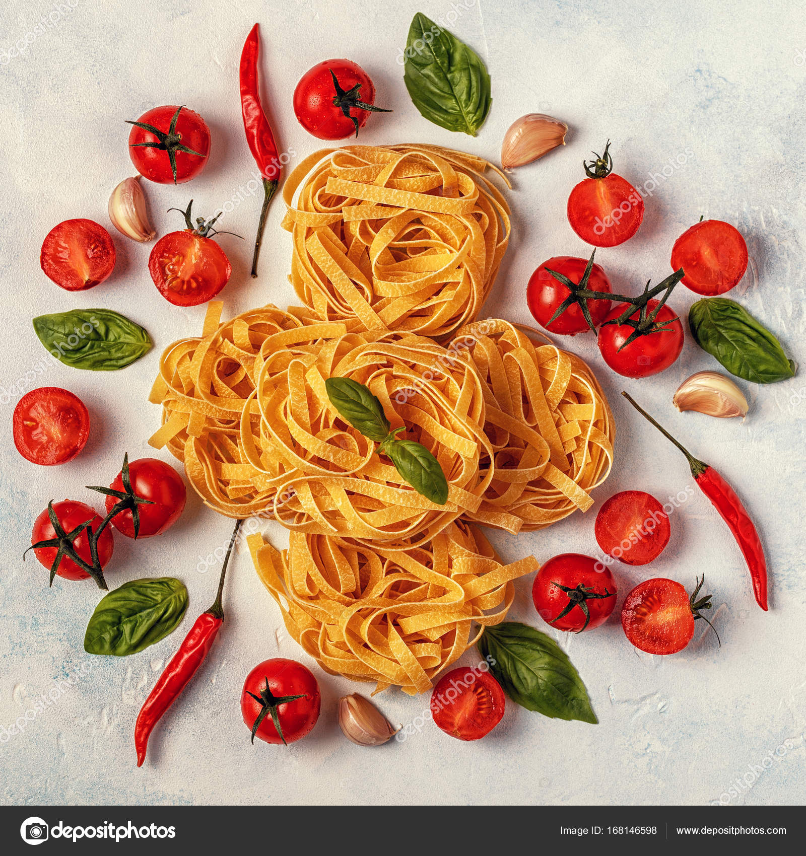 Italian food background with pasta, spices and vegetables. — Stock ...