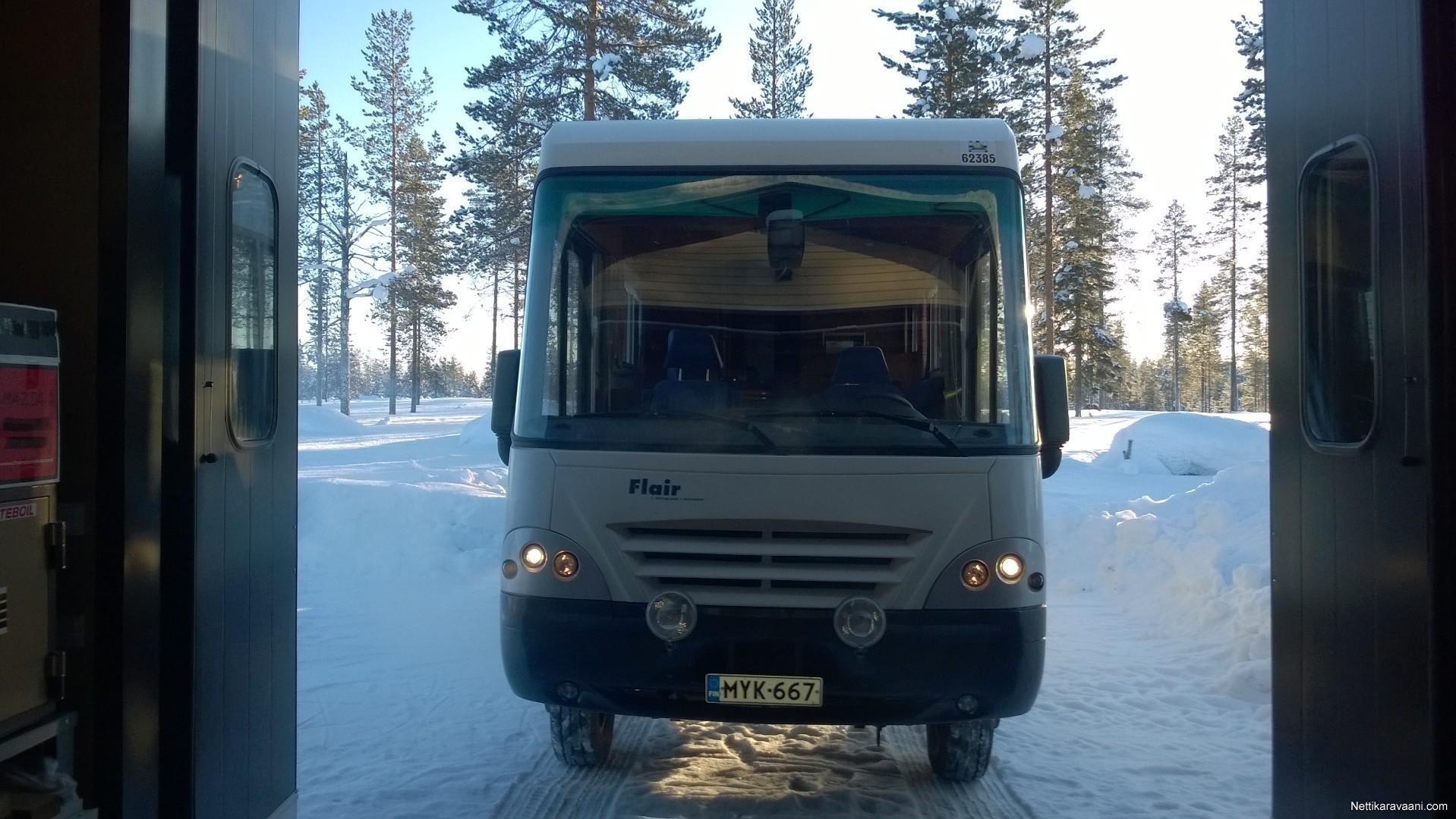 Flair 8000 i, Iveco 2001 - Travel truck - Intergrated - Nettikaravaani