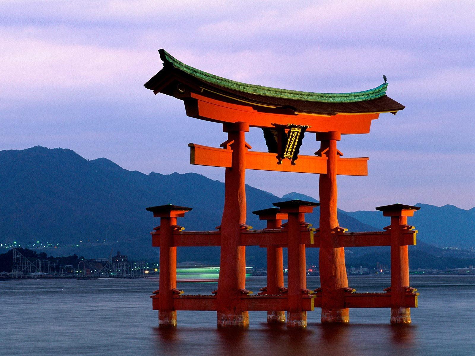 Monuments: Japan Great Gate Torii Close Miyajima GreatGate ...