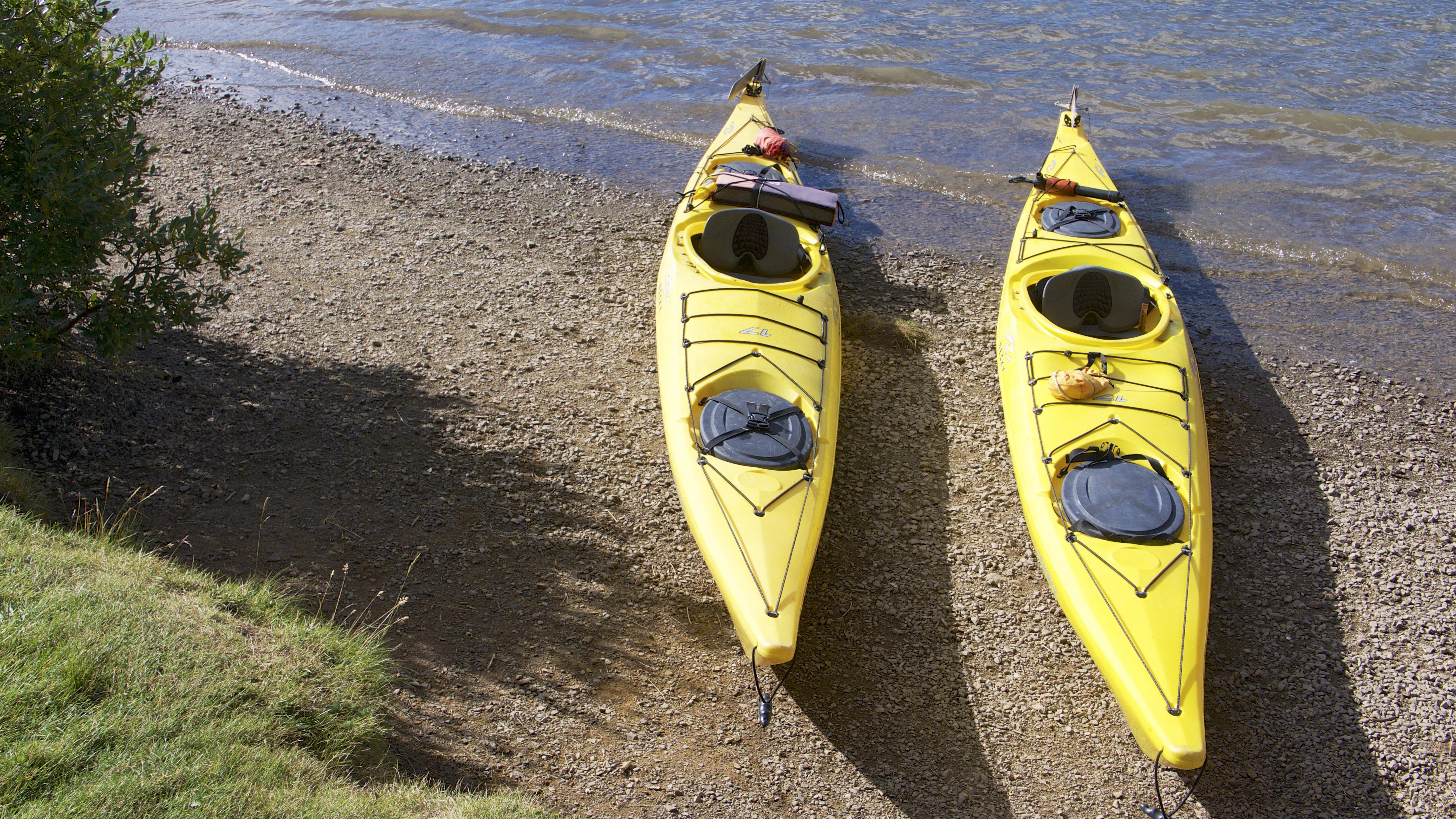 Jasper lake maligne photo