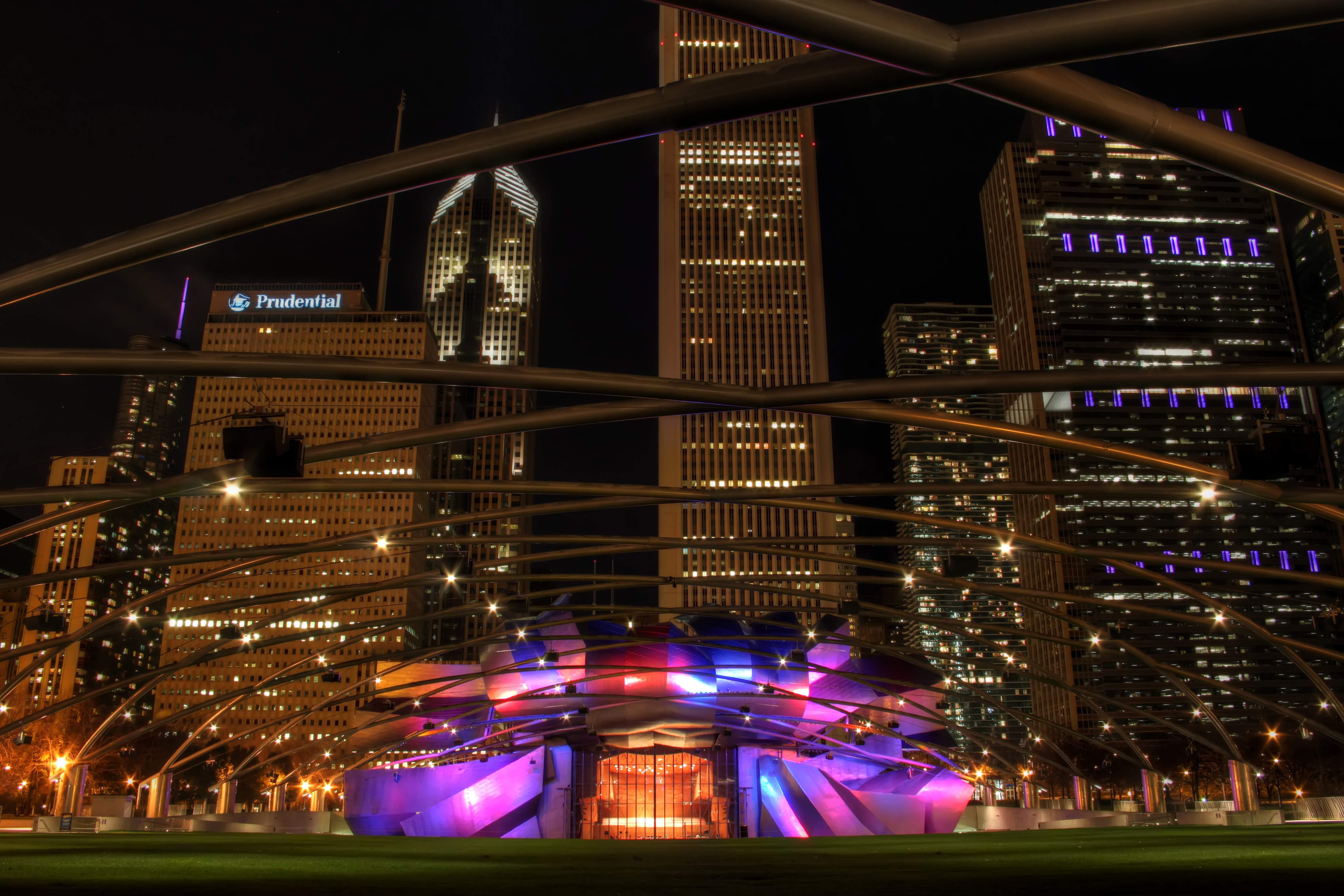 Jay pritzker pavillion photo