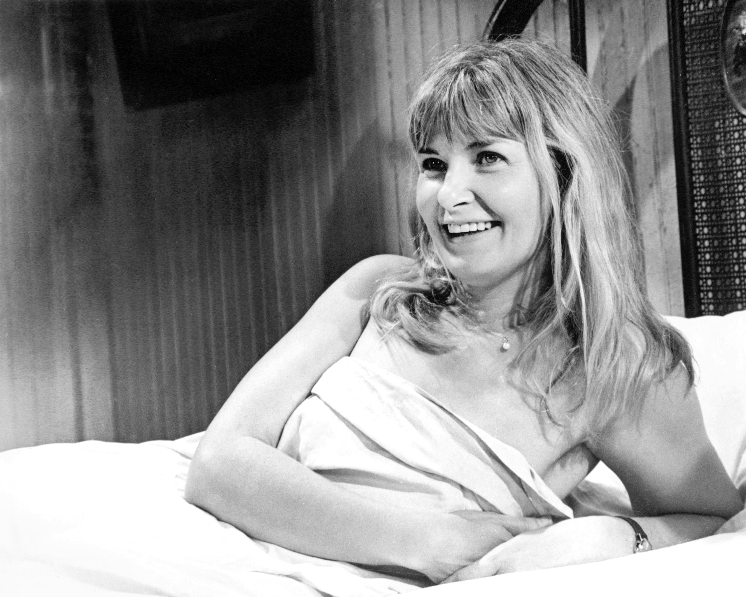 See Joanne Woodward's Best Film Roles! - Closer Weekly