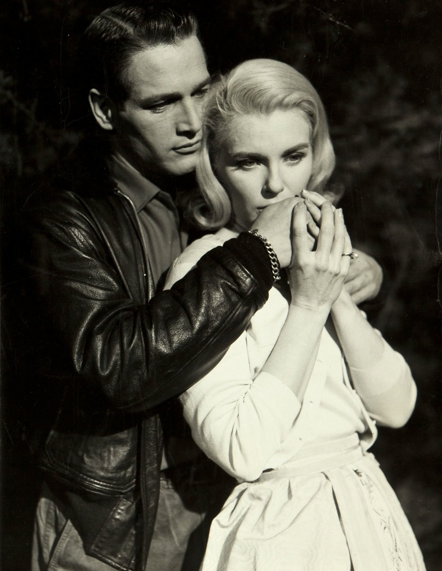 Paul Newman and Joanne Woodward in From the terrace directed by Mark ...