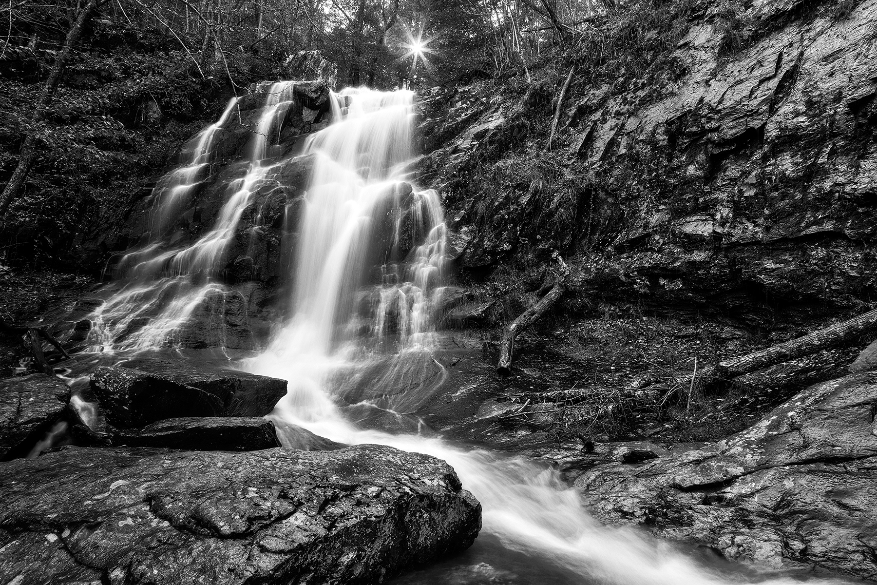 Jones sun waterfall - black & white photo