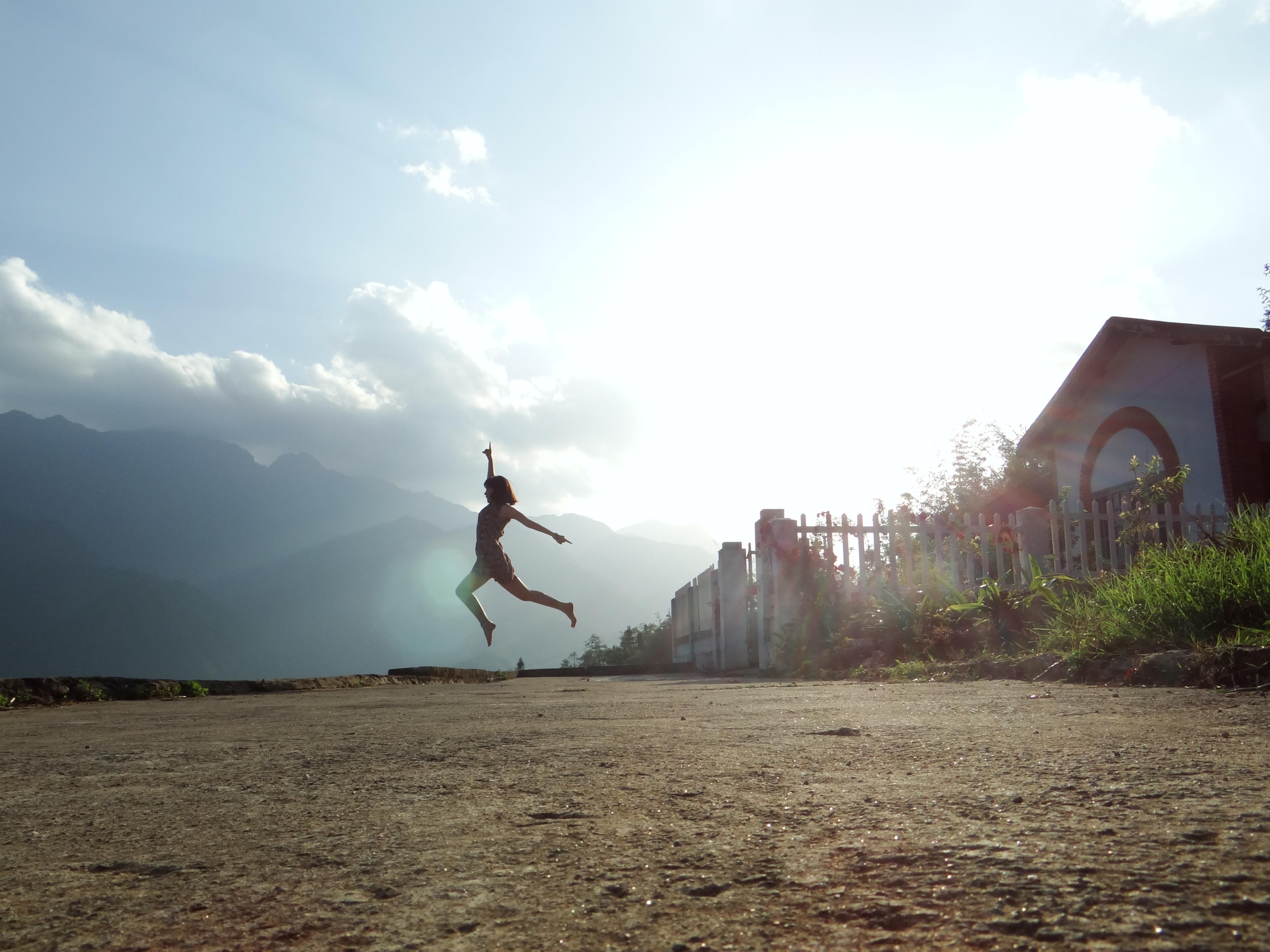 Jump, Residence, Shoot, Pose, Woman, HQ Photo