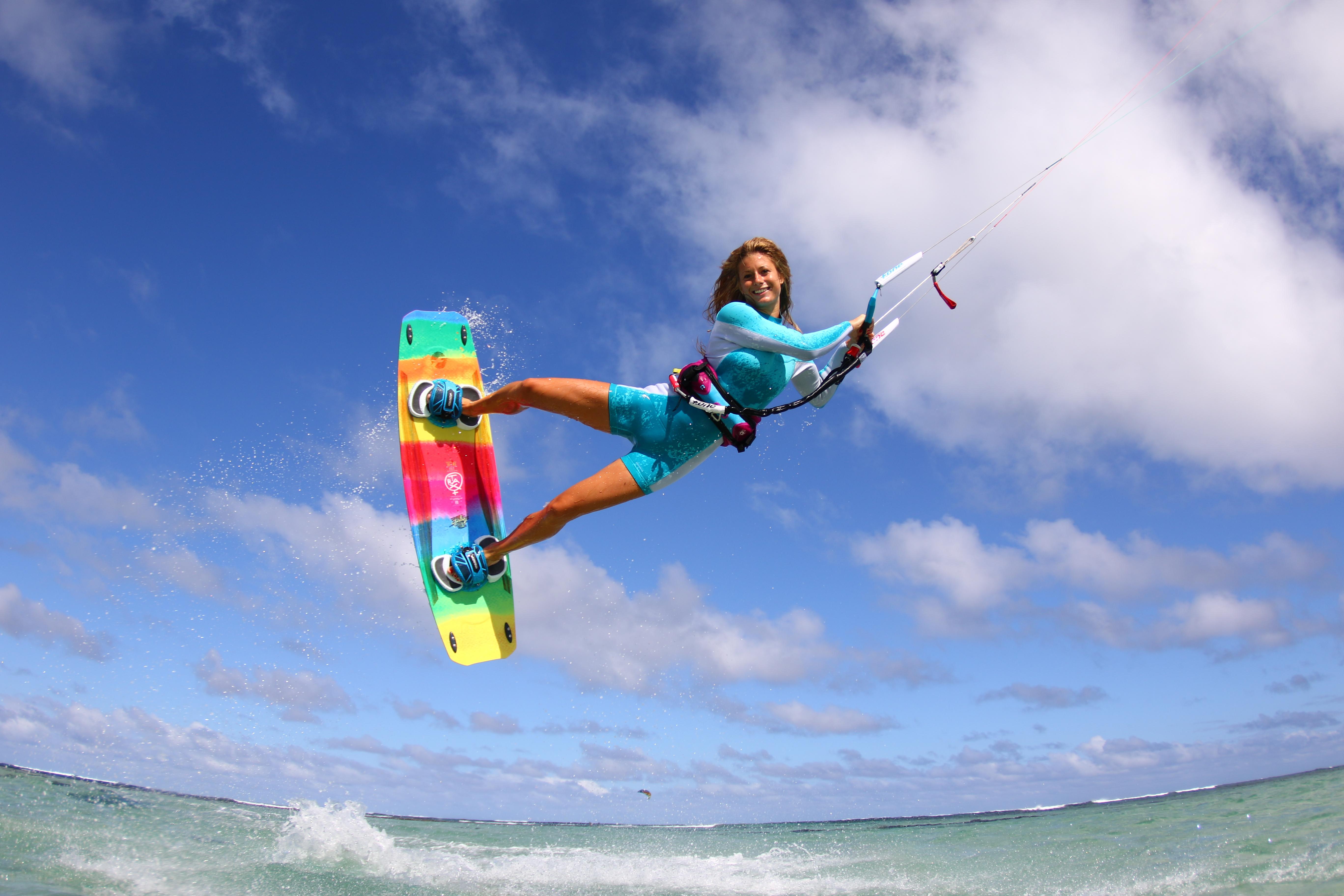 Kitesurf - Cursos de Kitesurf - Red Rock Surf & Kite Academy, El ...