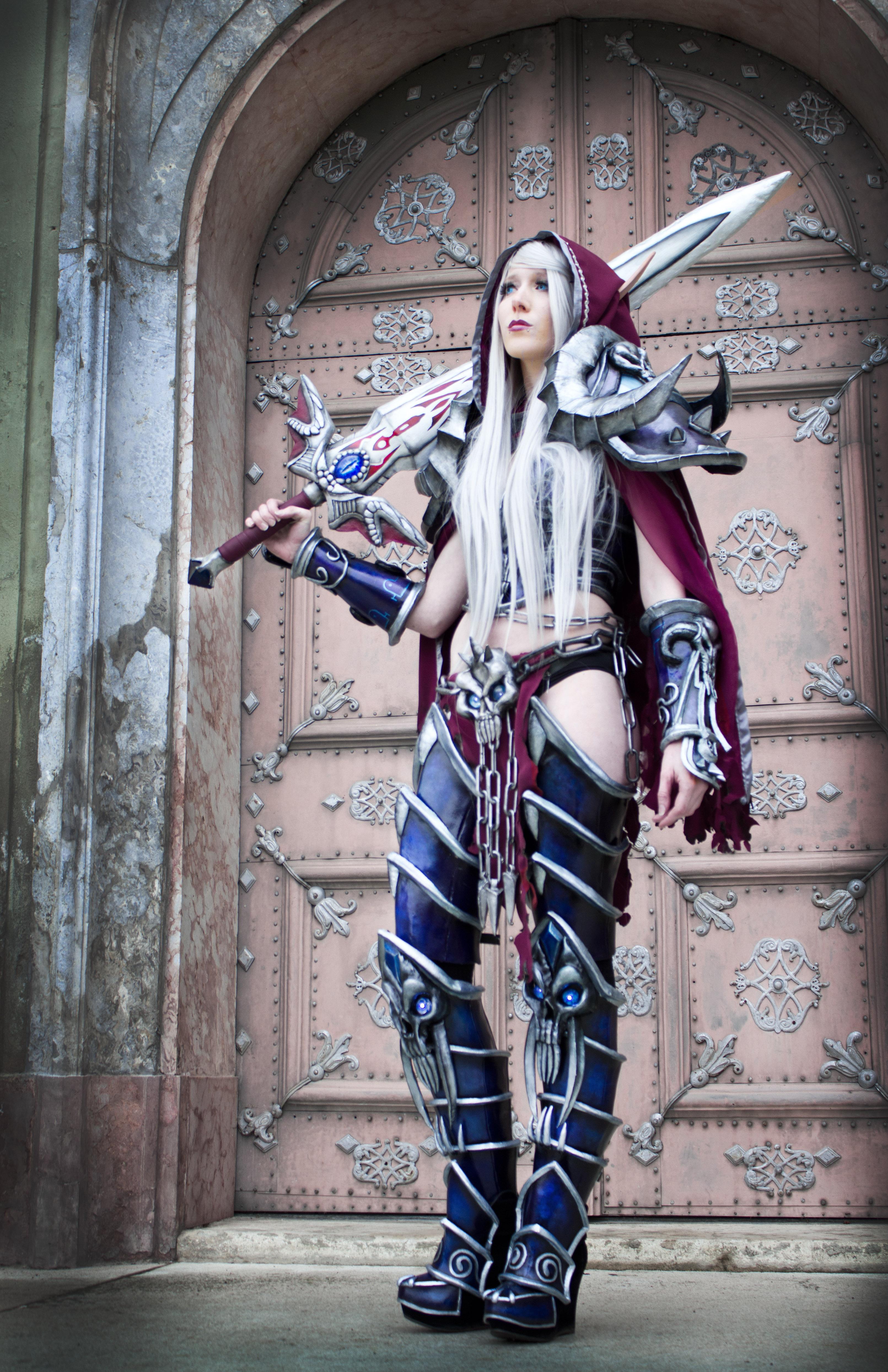 Knight cosplayer photo