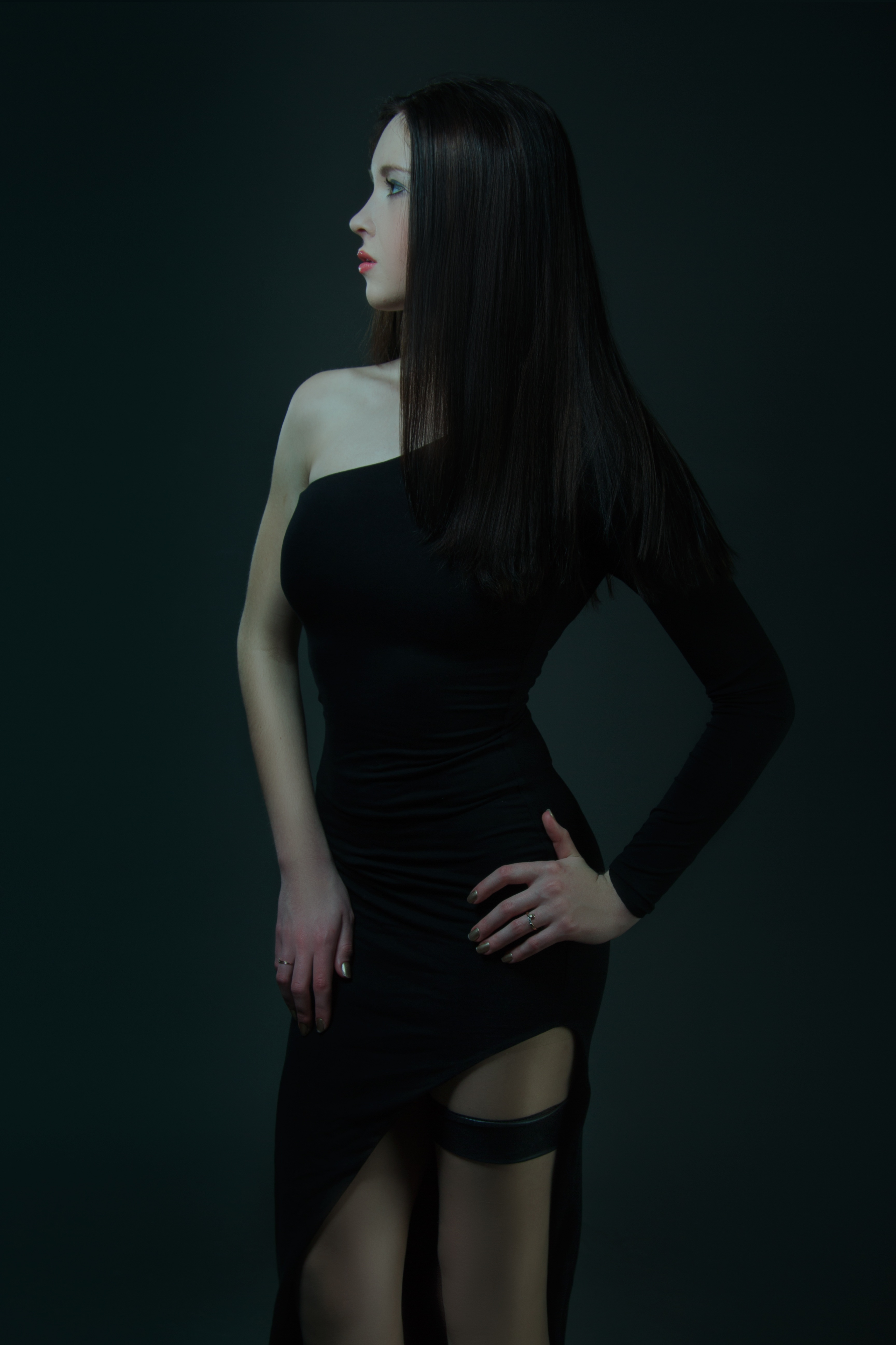 Lady in black photo