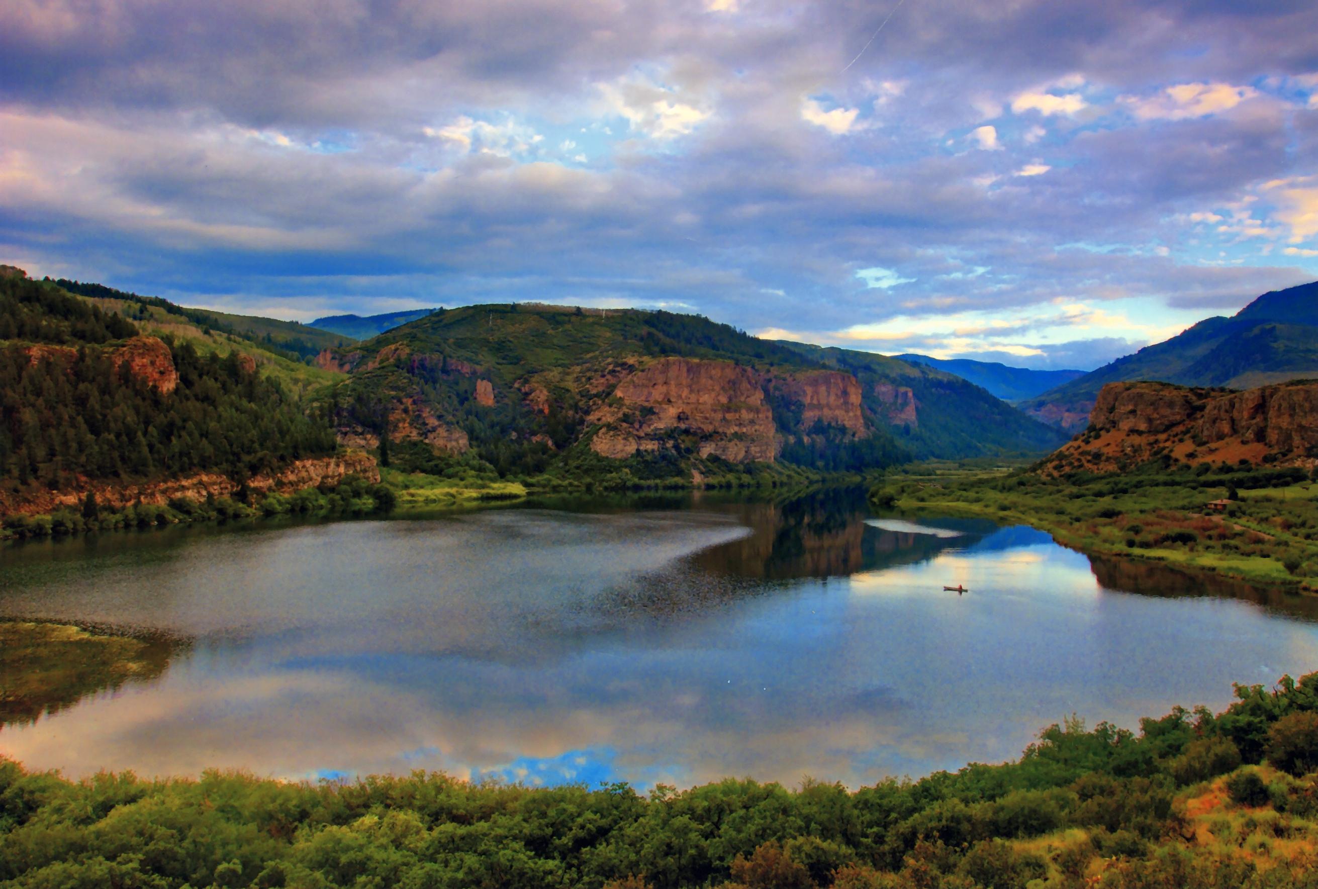 Sweetwater Lake ranch for sale as Vaspen bottled water plan stalls