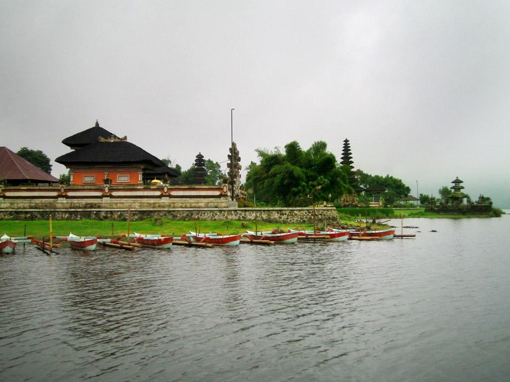 lake bedugul, Boats, Buildings, Lake, Landscape, HQ Photo