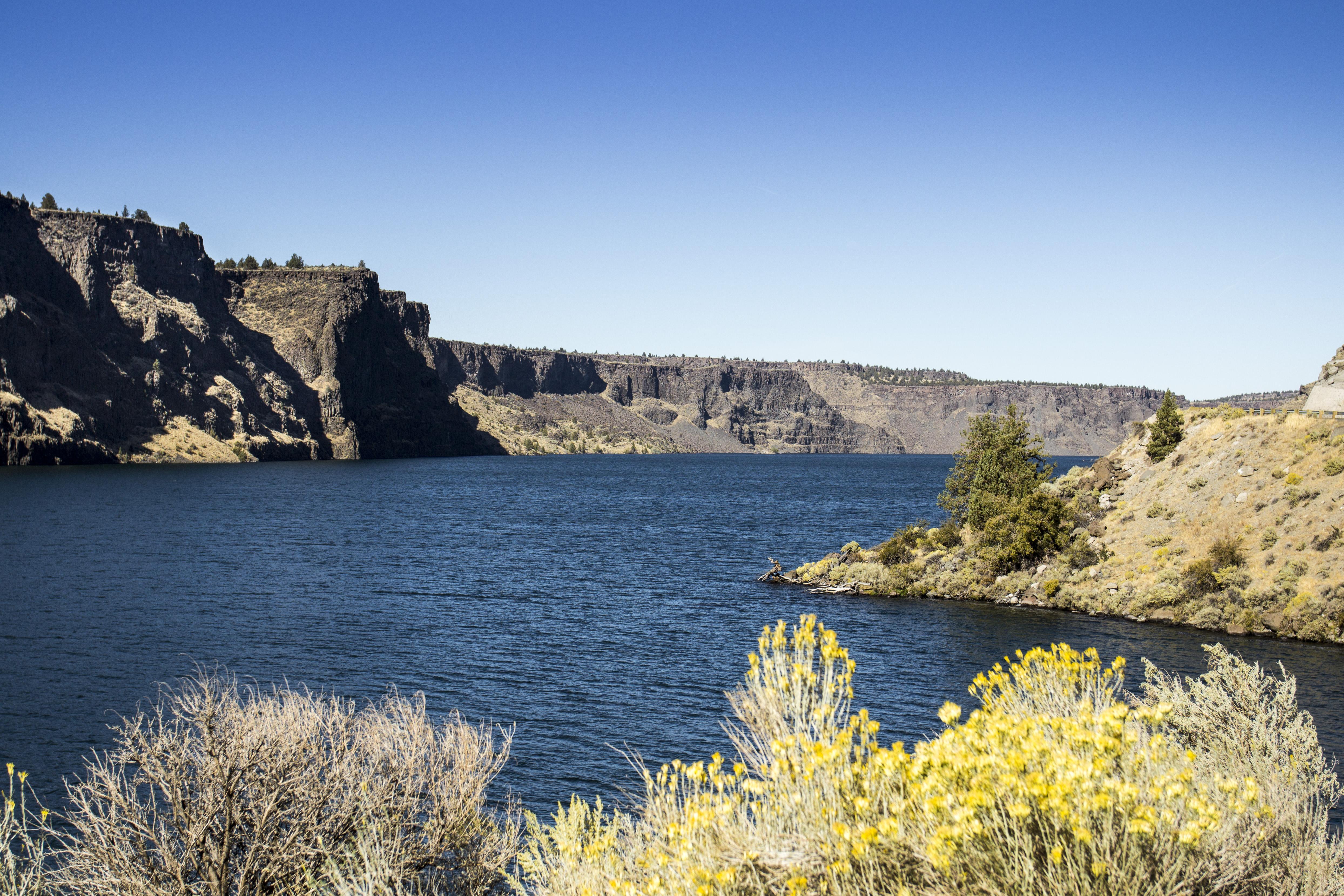 Lake Billy Chinook, Oregon, Bluff, Cliff, Desert, Grass, HQ Photo