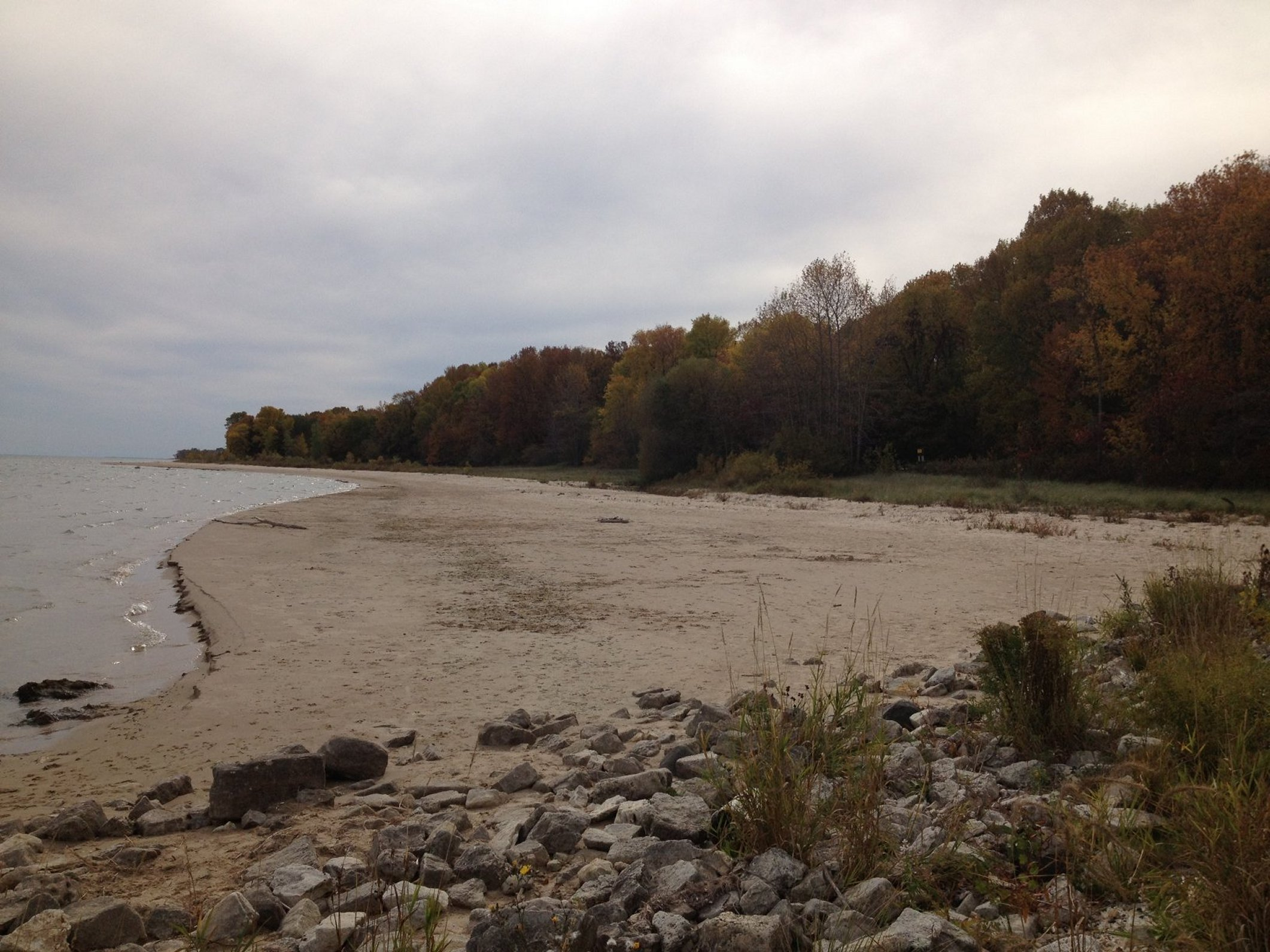 Lake michighan shoreline on a cloudy day photo