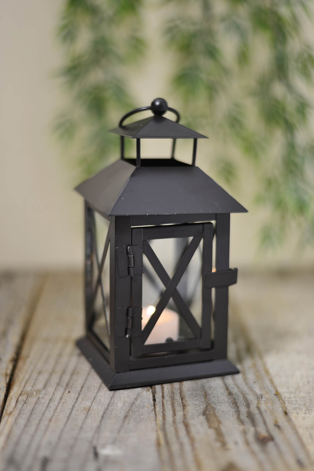 Metal Lantern Black 7in
