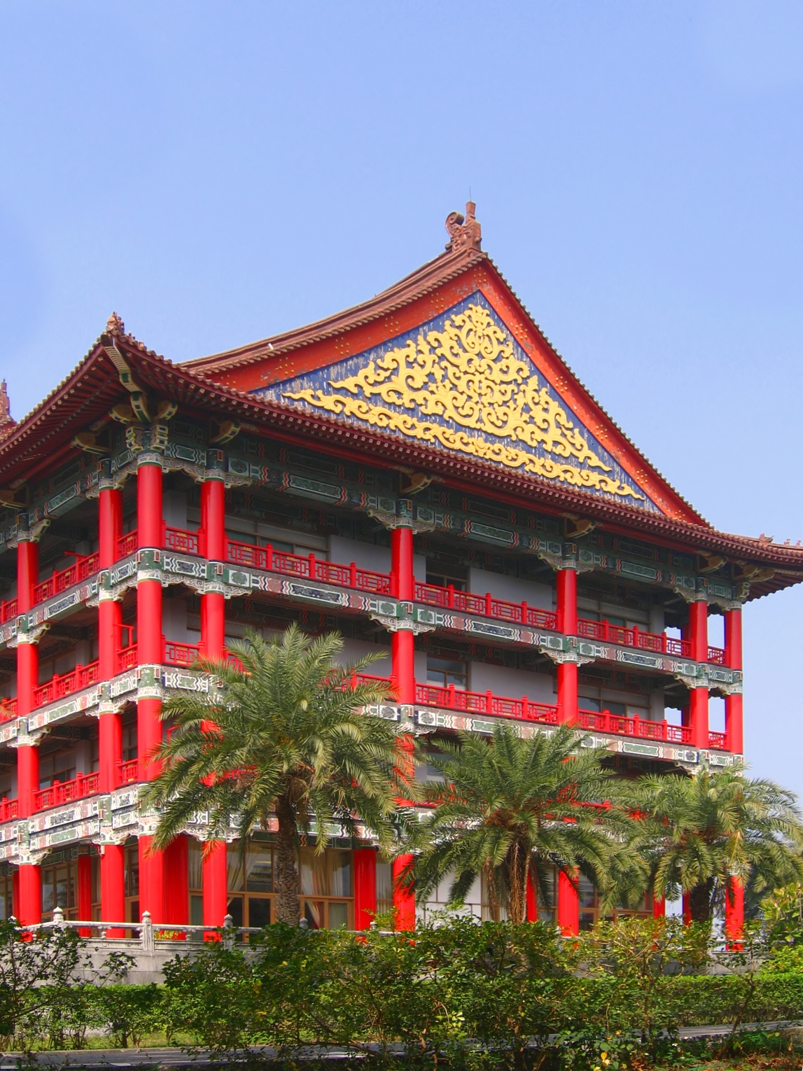 Large chinese style building photo