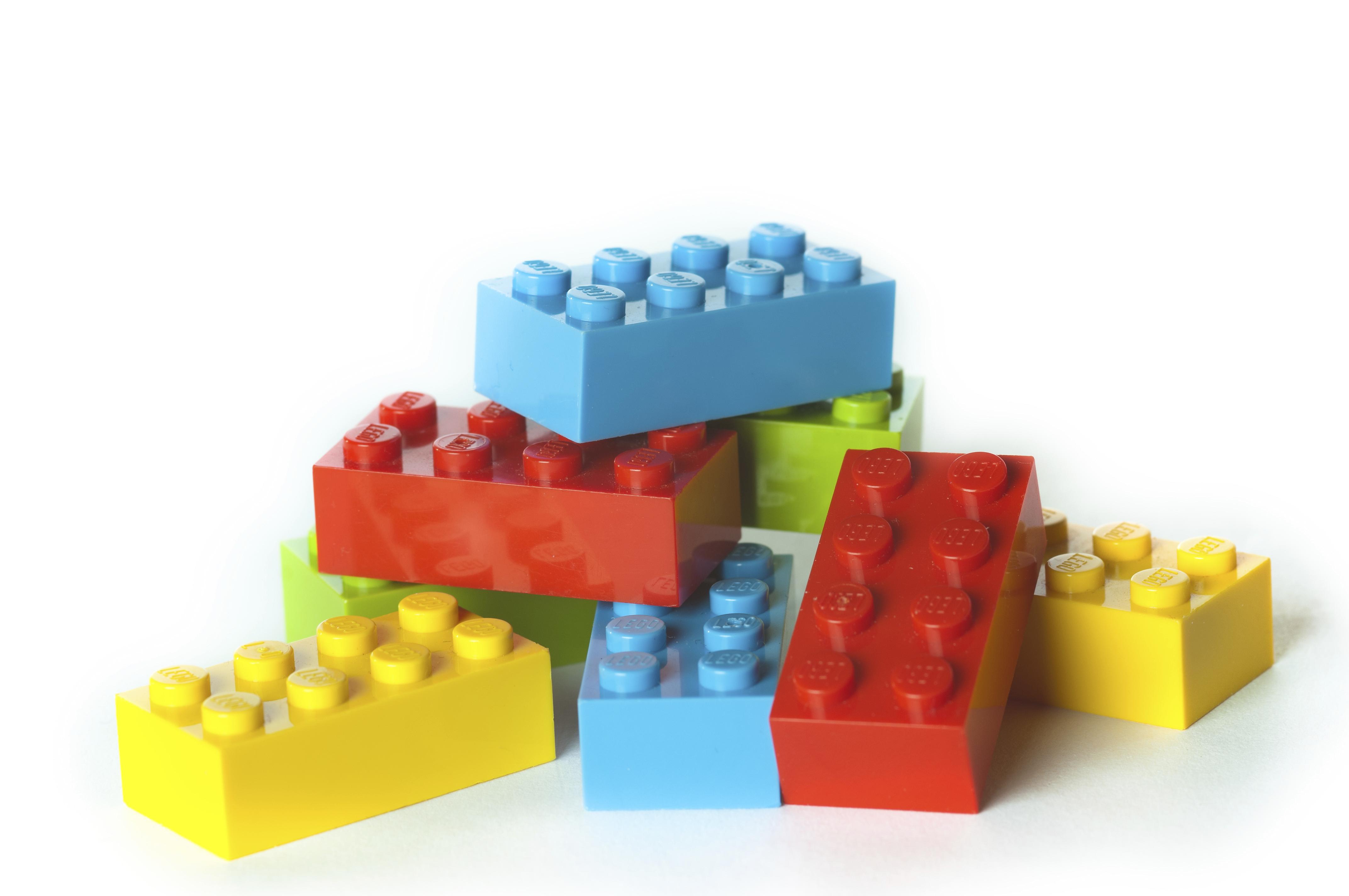 YOU BUILD IT! NEXTRIO LEGO® BRICK PLAYROOM - Tucson Botanical Garden