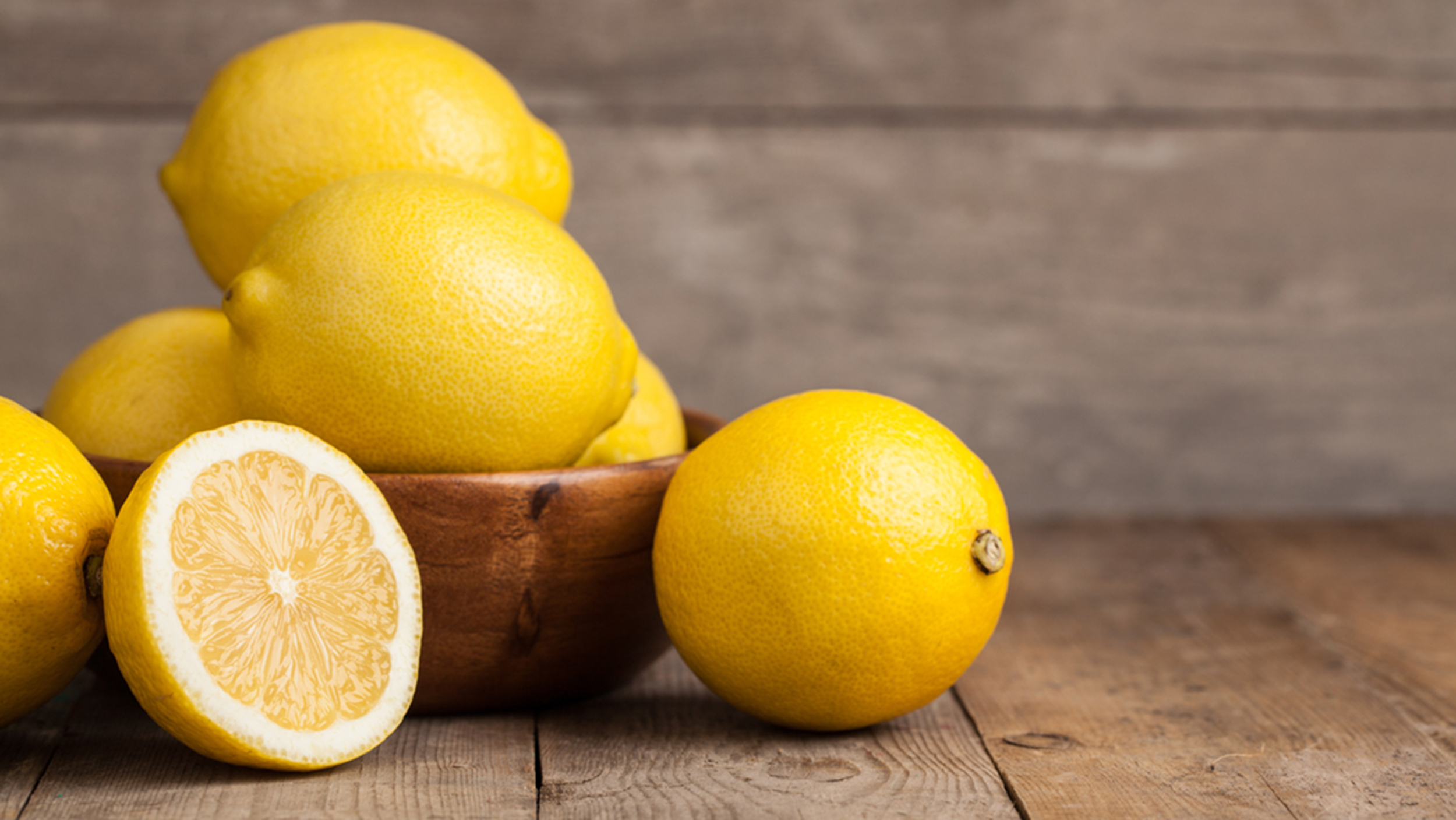 Lemon DIY: How to clean your home with lemon