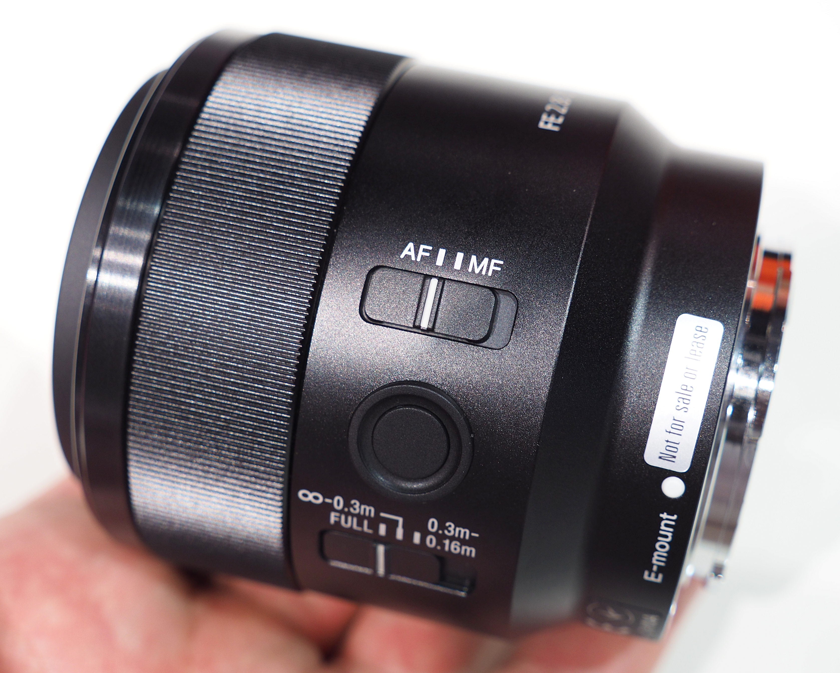 Top 18 Best Lenses For Macro Photography 2018