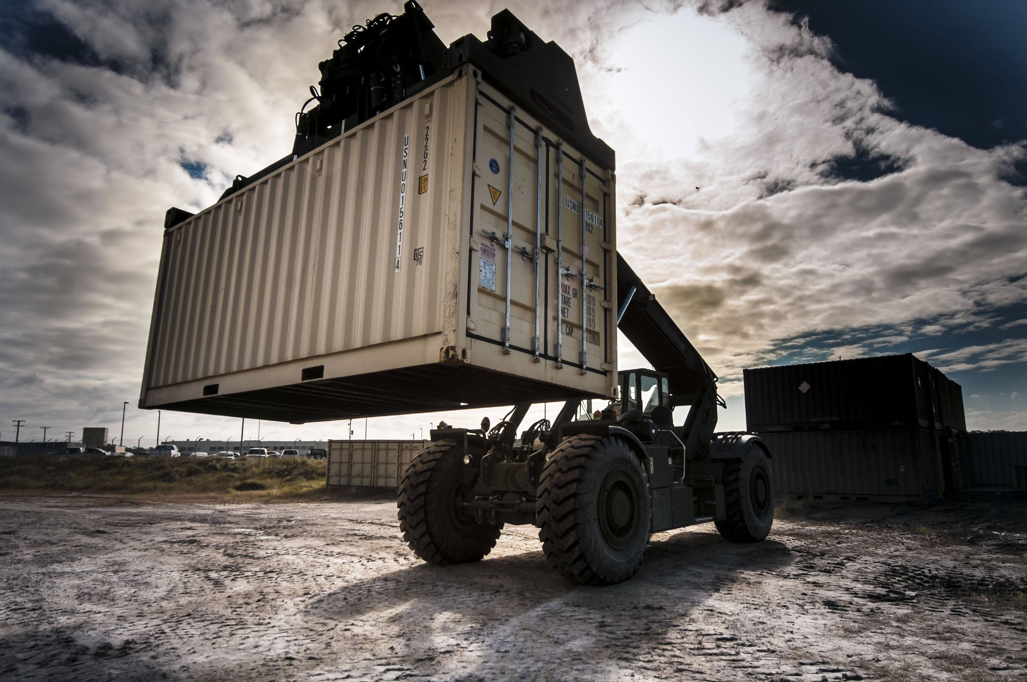 Lifting the Trailer, Carrier, Container, Heavy, Lift, HQ Photo
