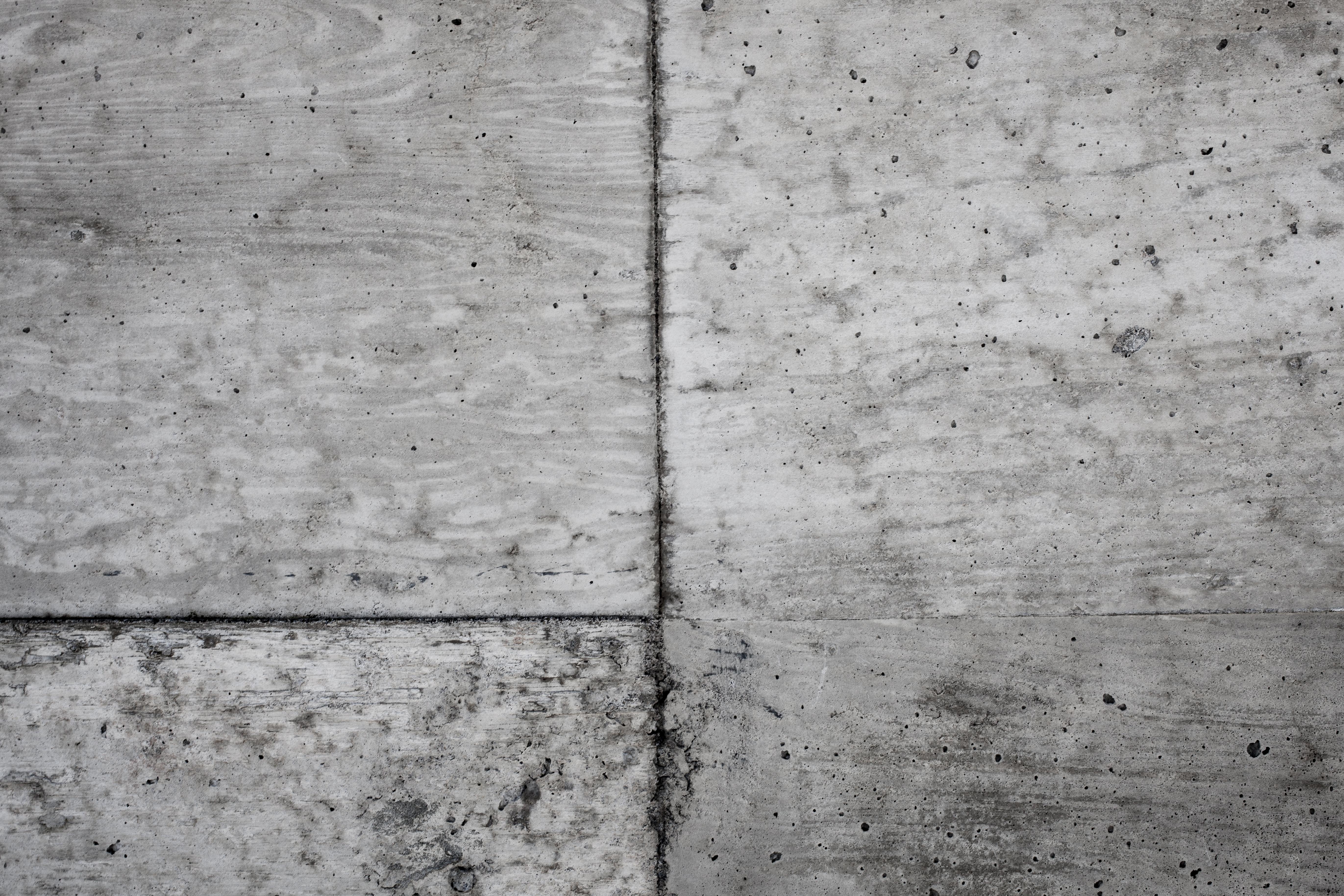 Light grunge cement wall photo