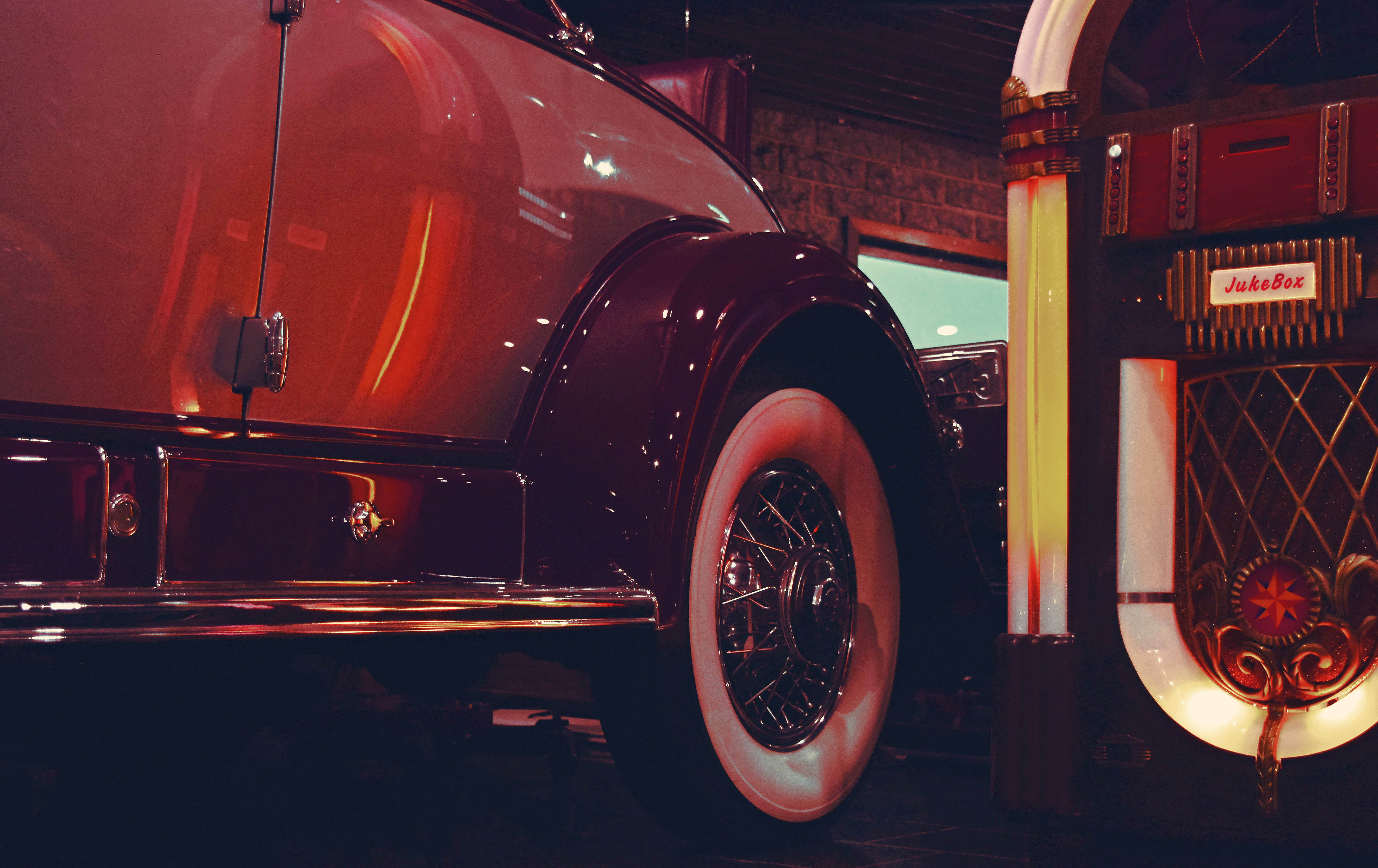 Lighted Jukebox Beside White and Brown Car, Auto, Luxury, Vintage, Vehicle, HQ Photo