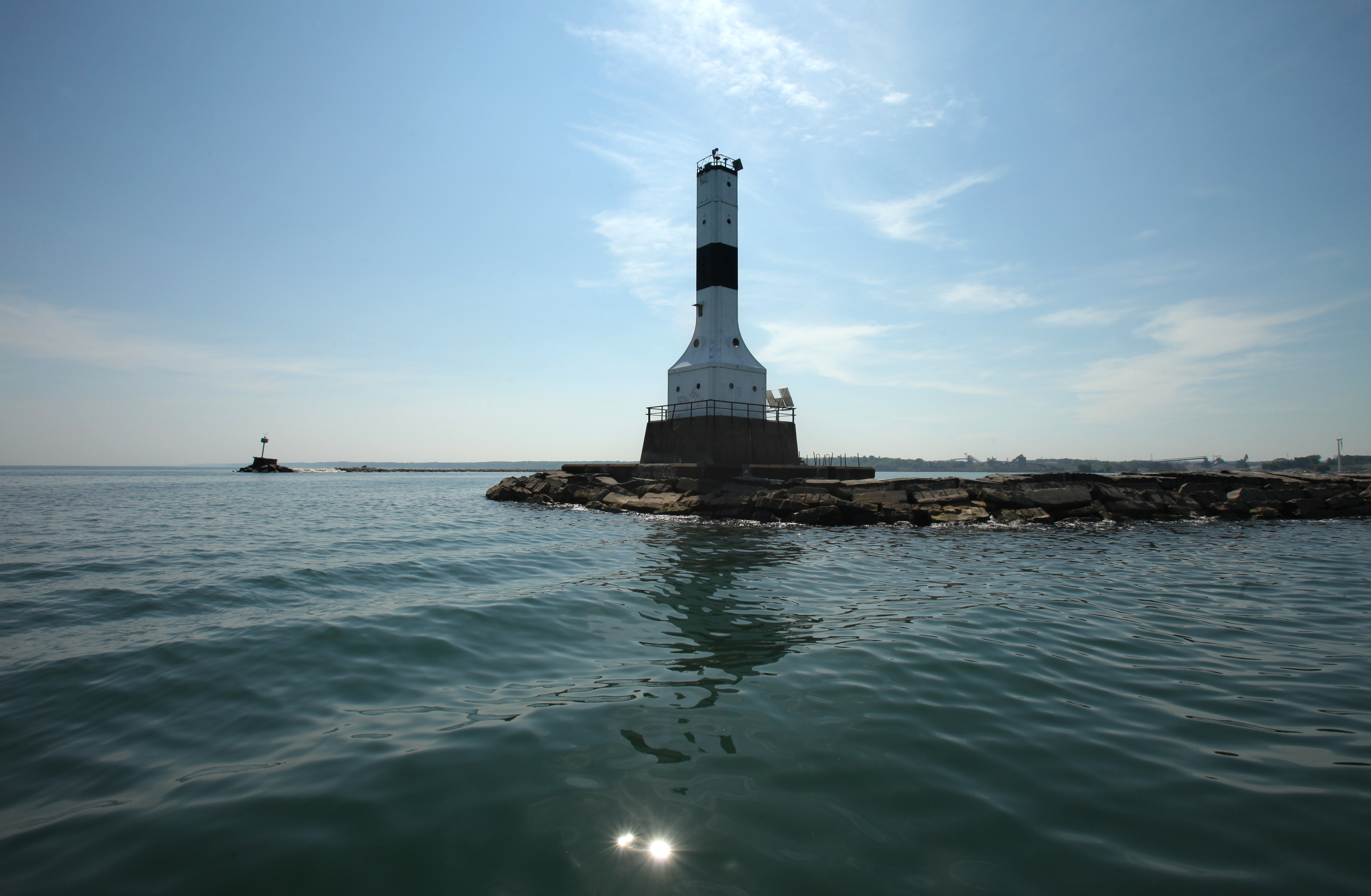 Conneaut lighthouse up for sale - Rock The Lake