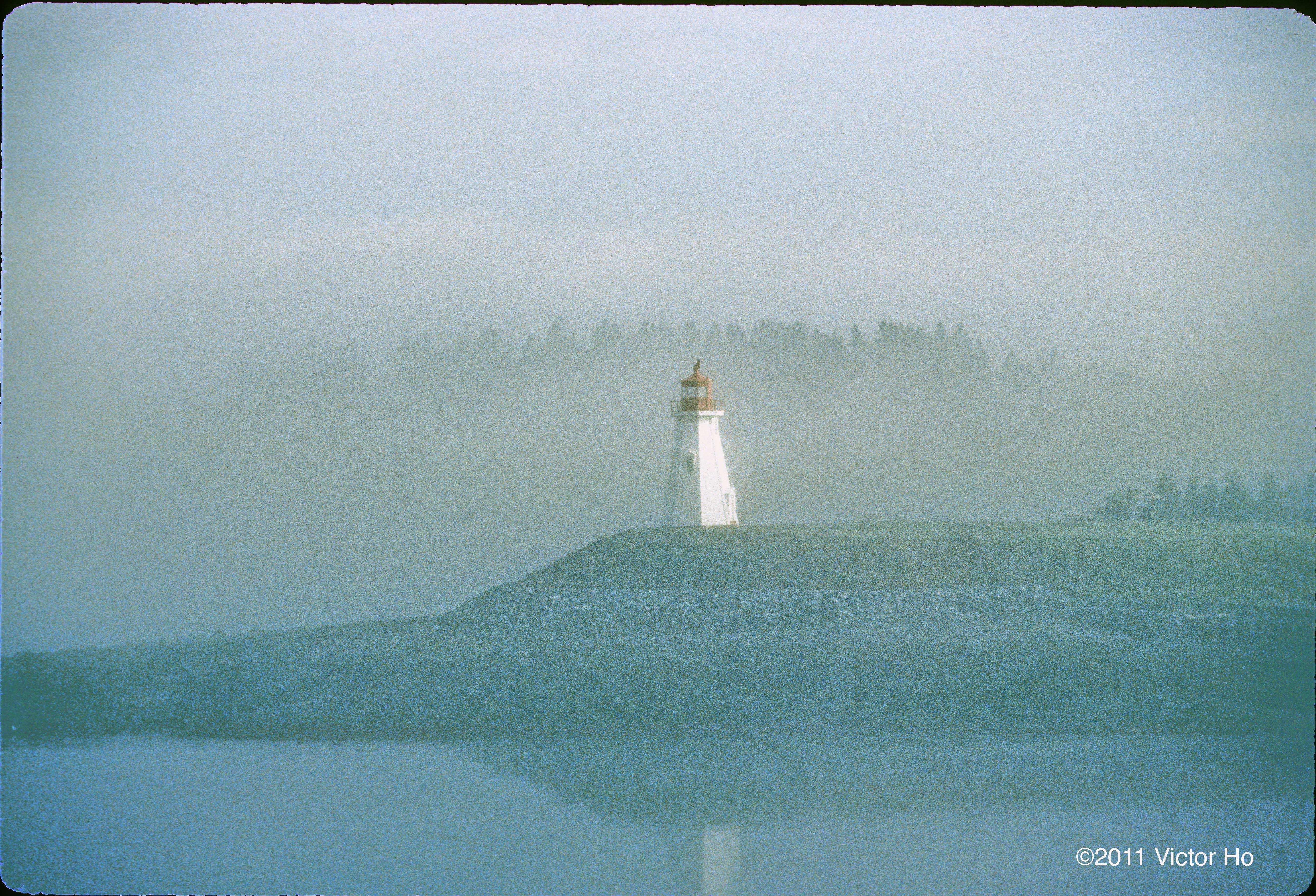 Lighthouse Fog | photobackstory
