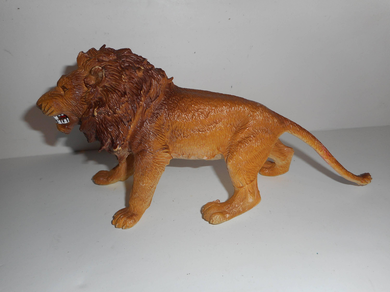 Vintage 80s AAA Lion Figure