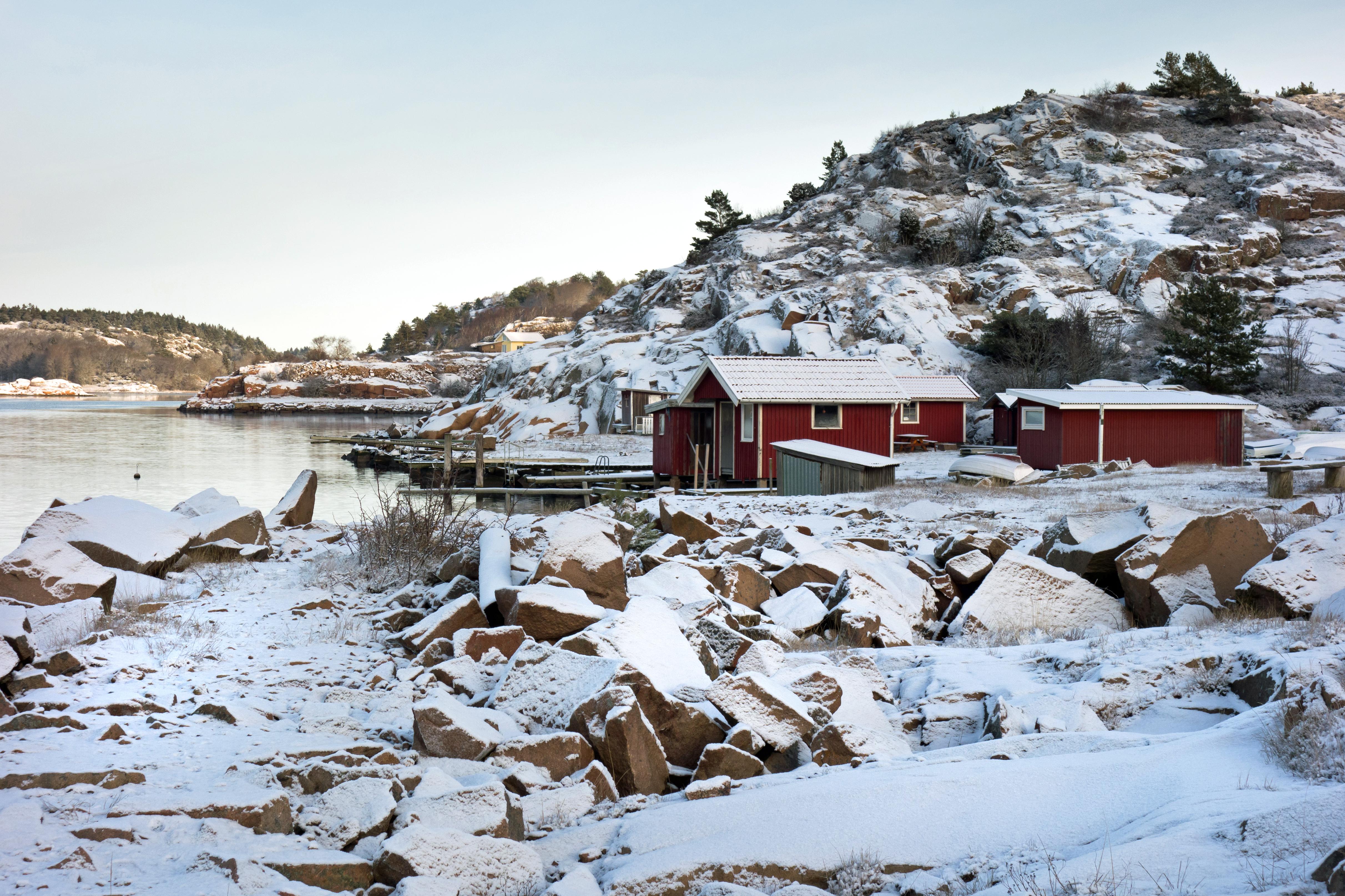 Loddebo fishing huts in winter photo