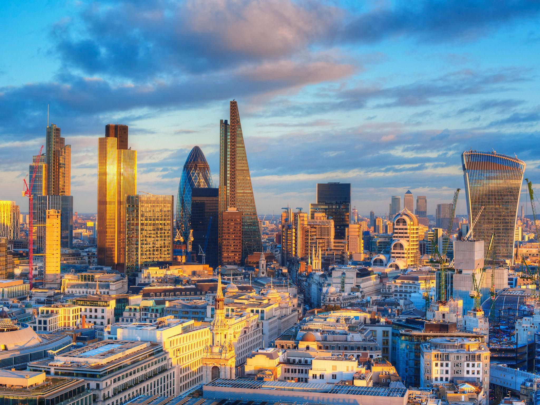 London property snapped up by overseas investors as domestic buyers ...
