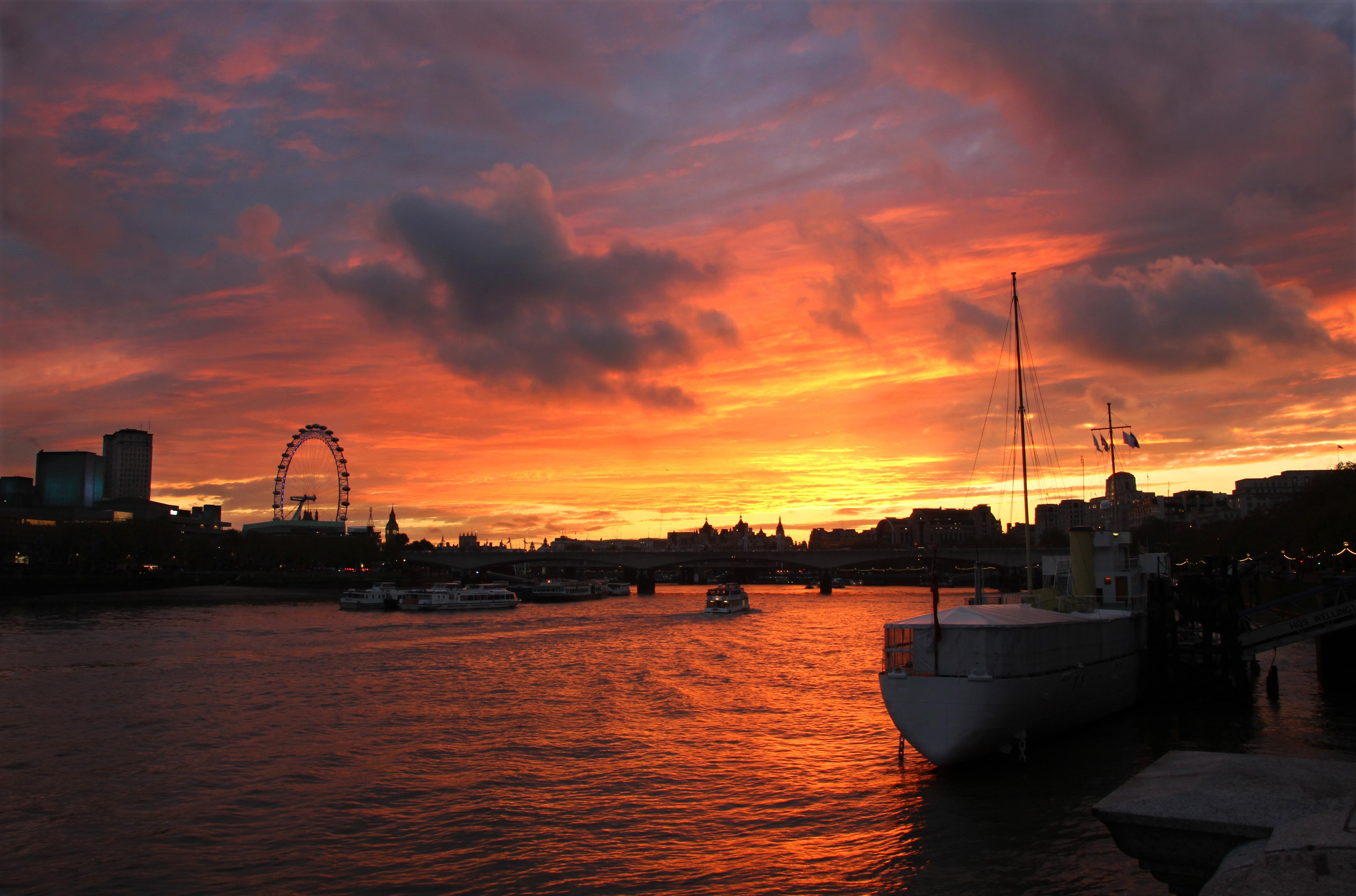 London evening photo