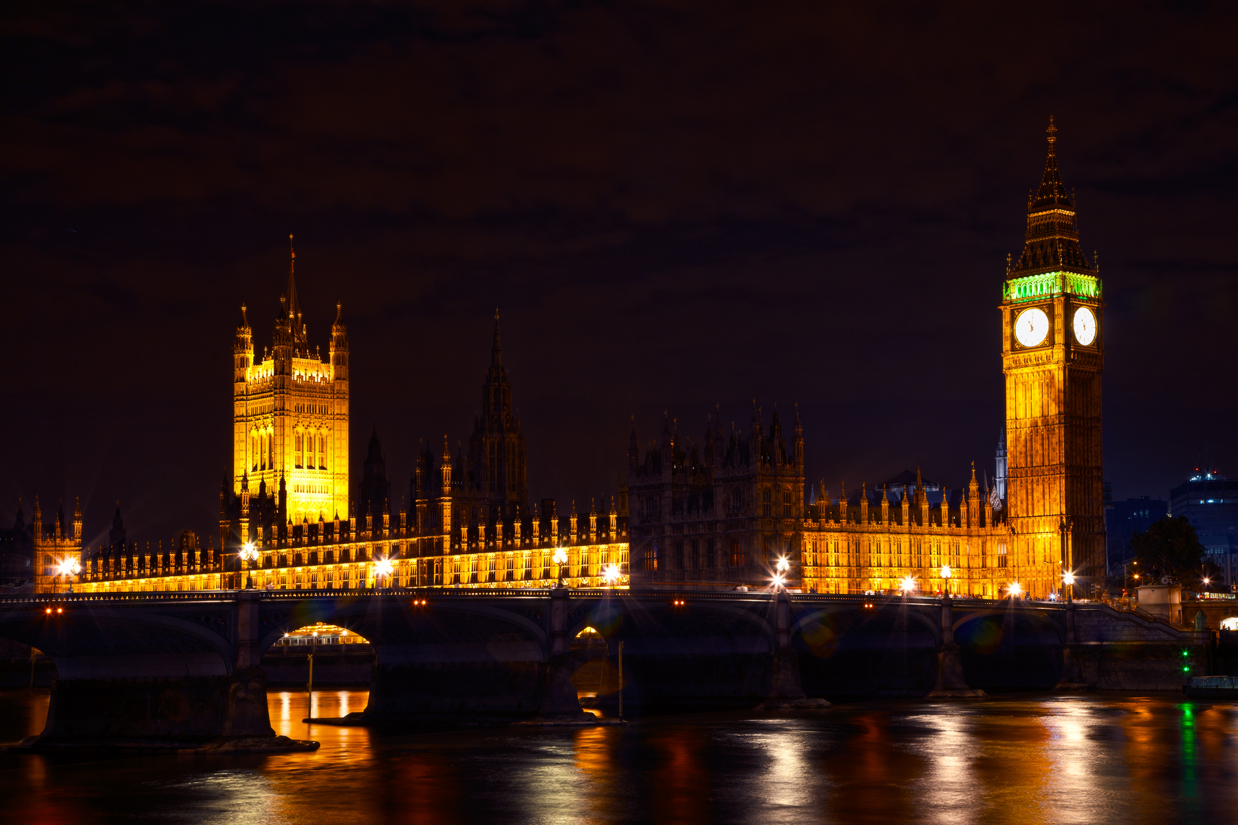 London parliament at night photo