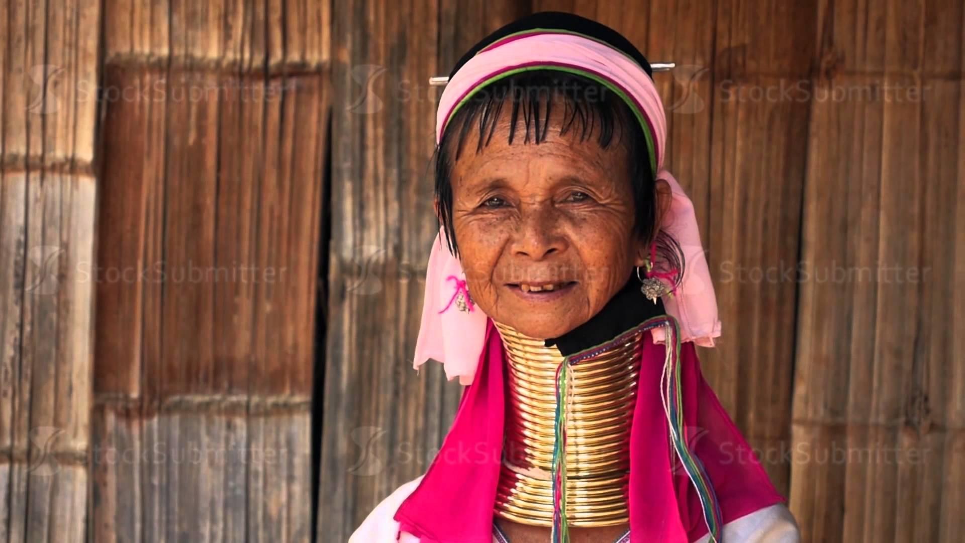 Karen Tribal Woman in Long Neck Hill Tribe Village - YouTube